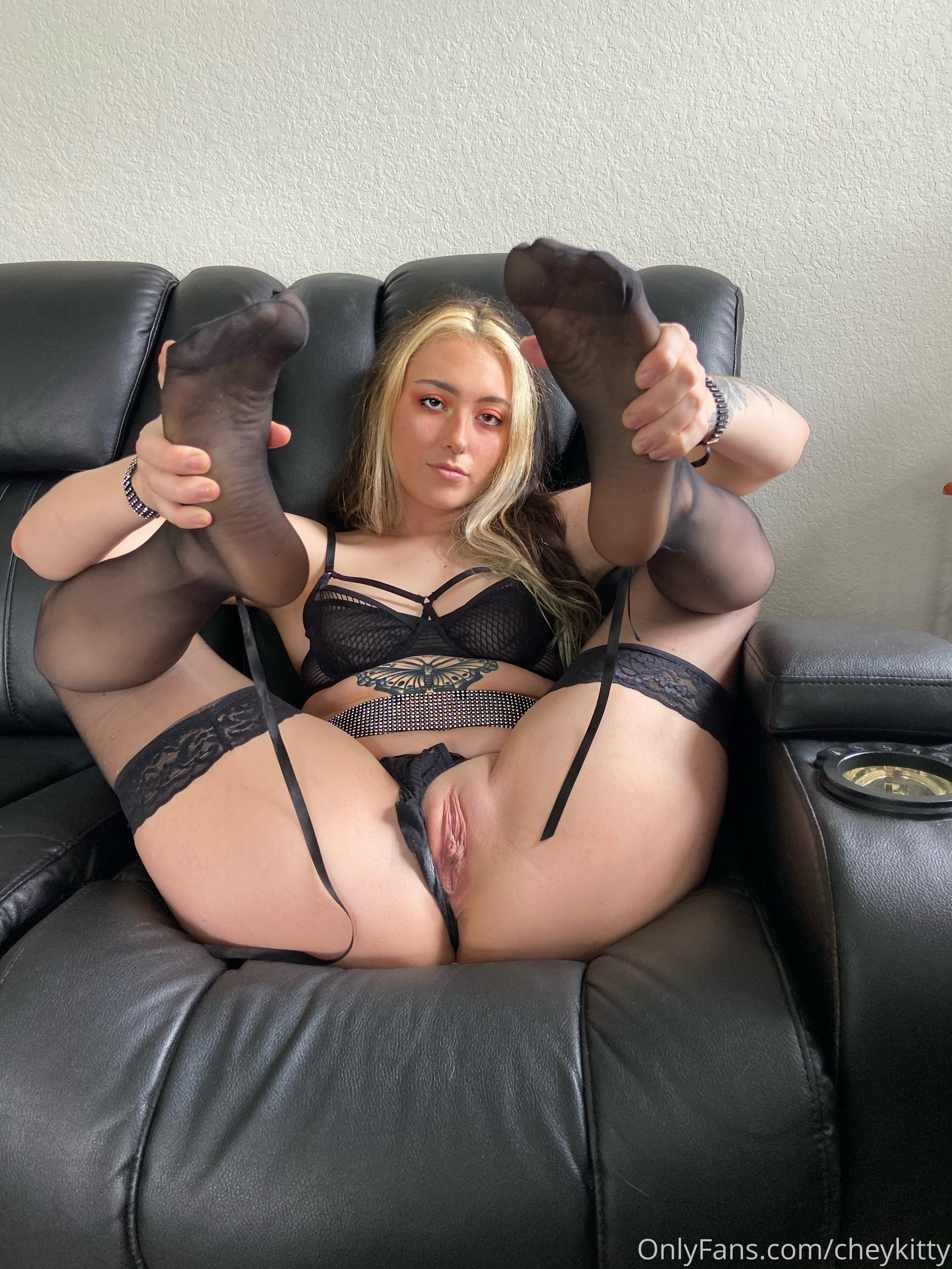 Cheykitty Onlyfans Leaked 0014