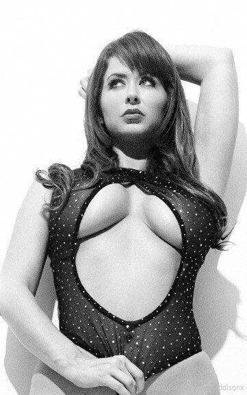 Emi Addsion Sexy Photos Onlyfans 0032