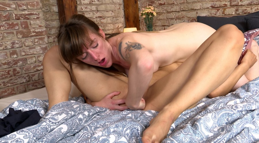 Ersties.com Nicky F. & July Who Needs Foreplay!