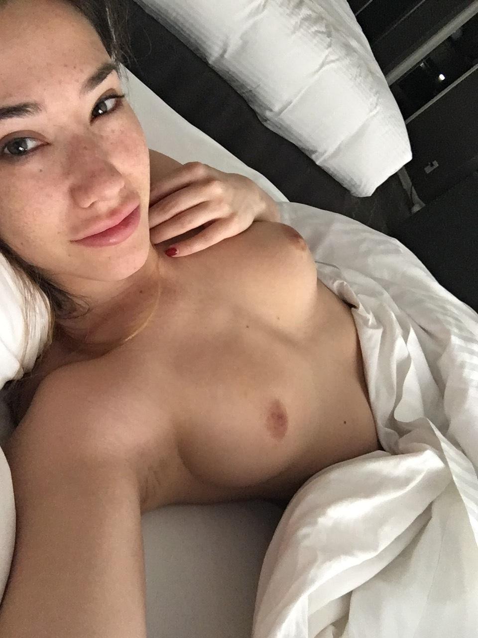 Eva Lovia, Fallinlovia, Onlyfans 0104
