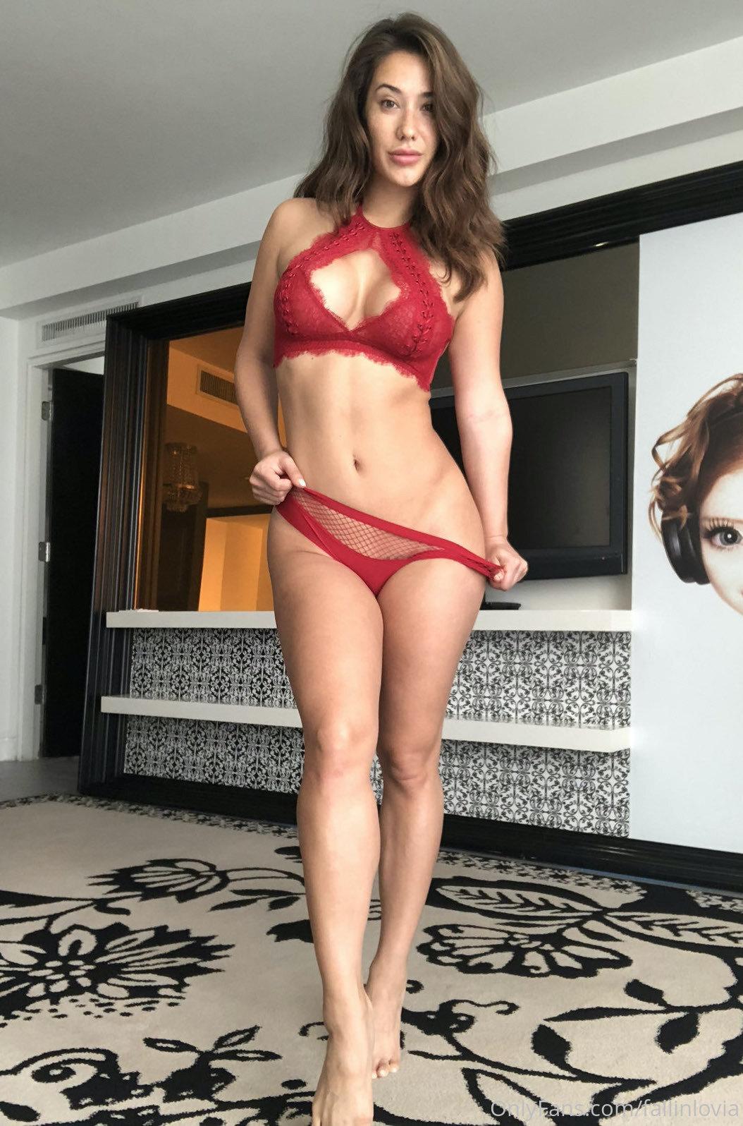 Eva Lovia, Fallinlovia, Onlyfans 0115