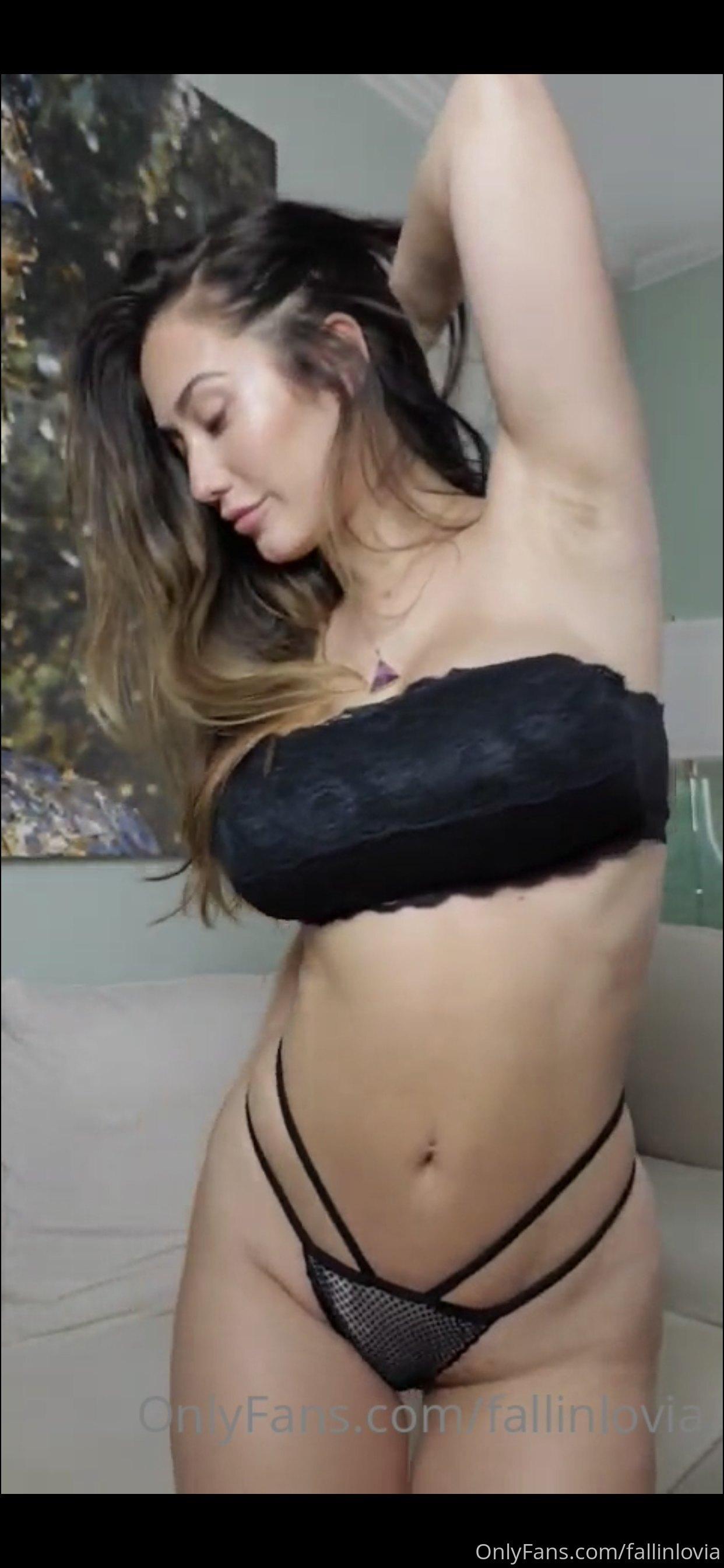 Eva Lovia, Fallinlovia, Onlyfans 0128