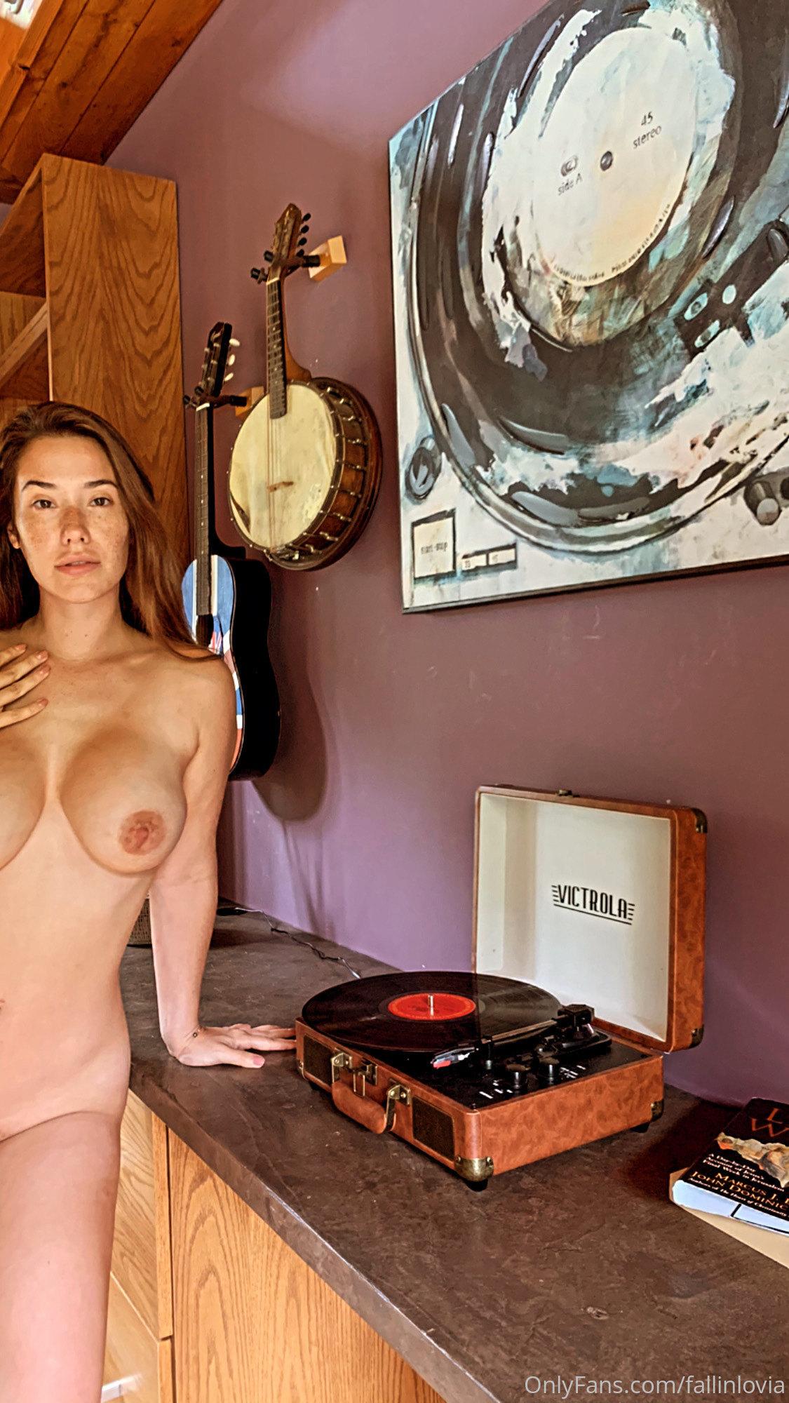 Eva Lovia, Fallinlovia, Onlyfans 0131