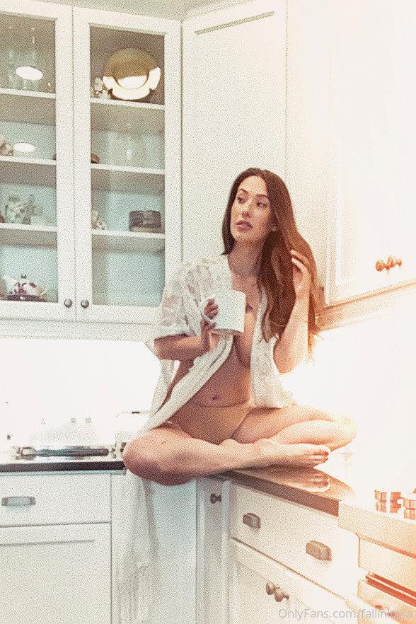 Eva Lovia, Fallinlovia, Onlyfans 0171