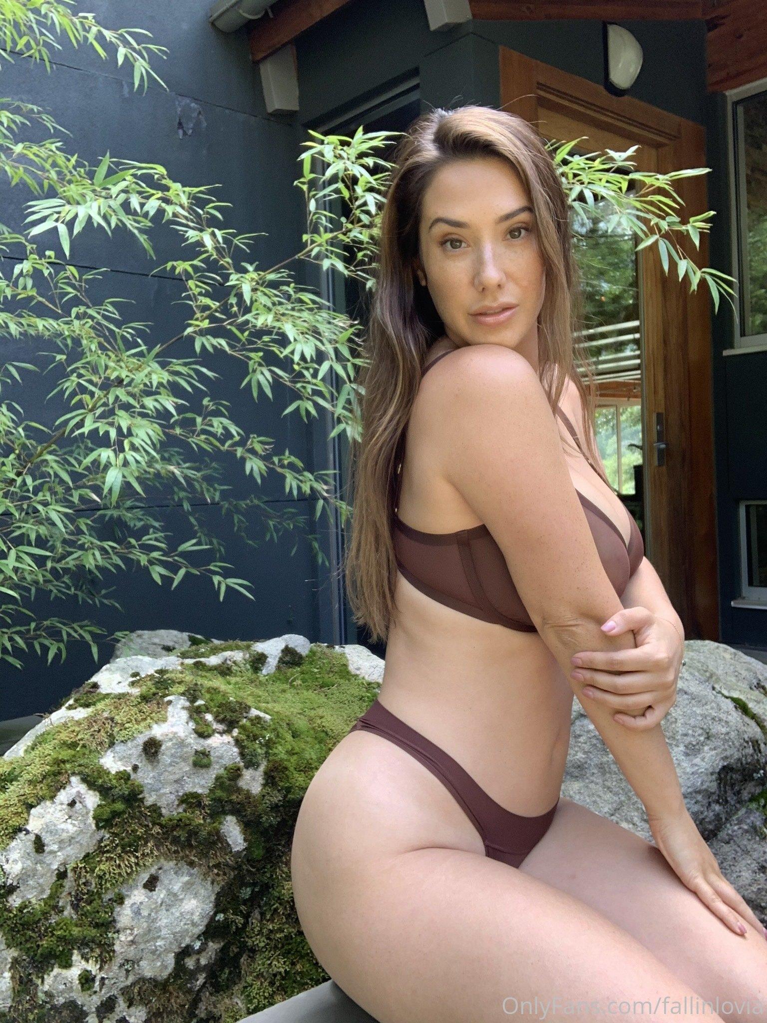 Eva Lovia, Fallinlovia, Onlyfans 0251
