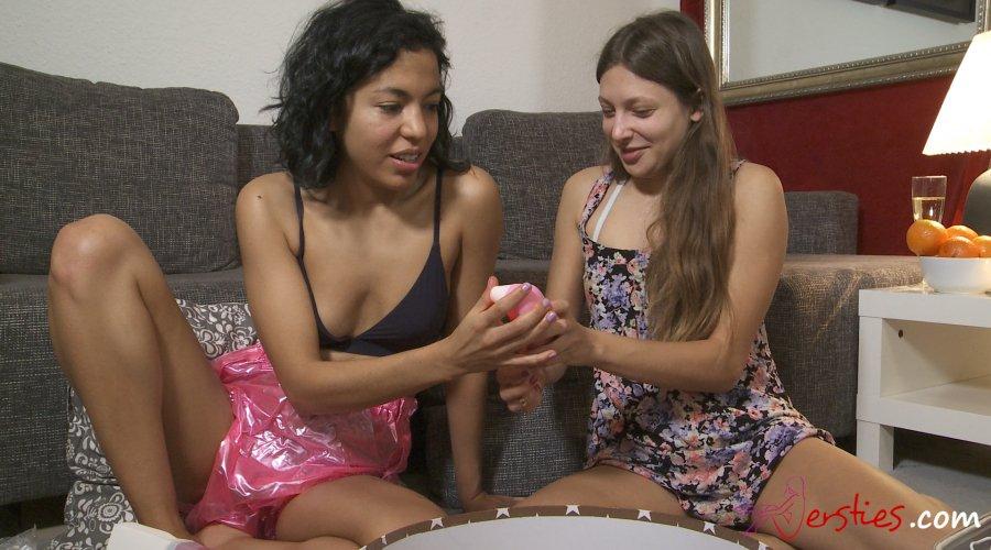 Lina & Talia Unpacking