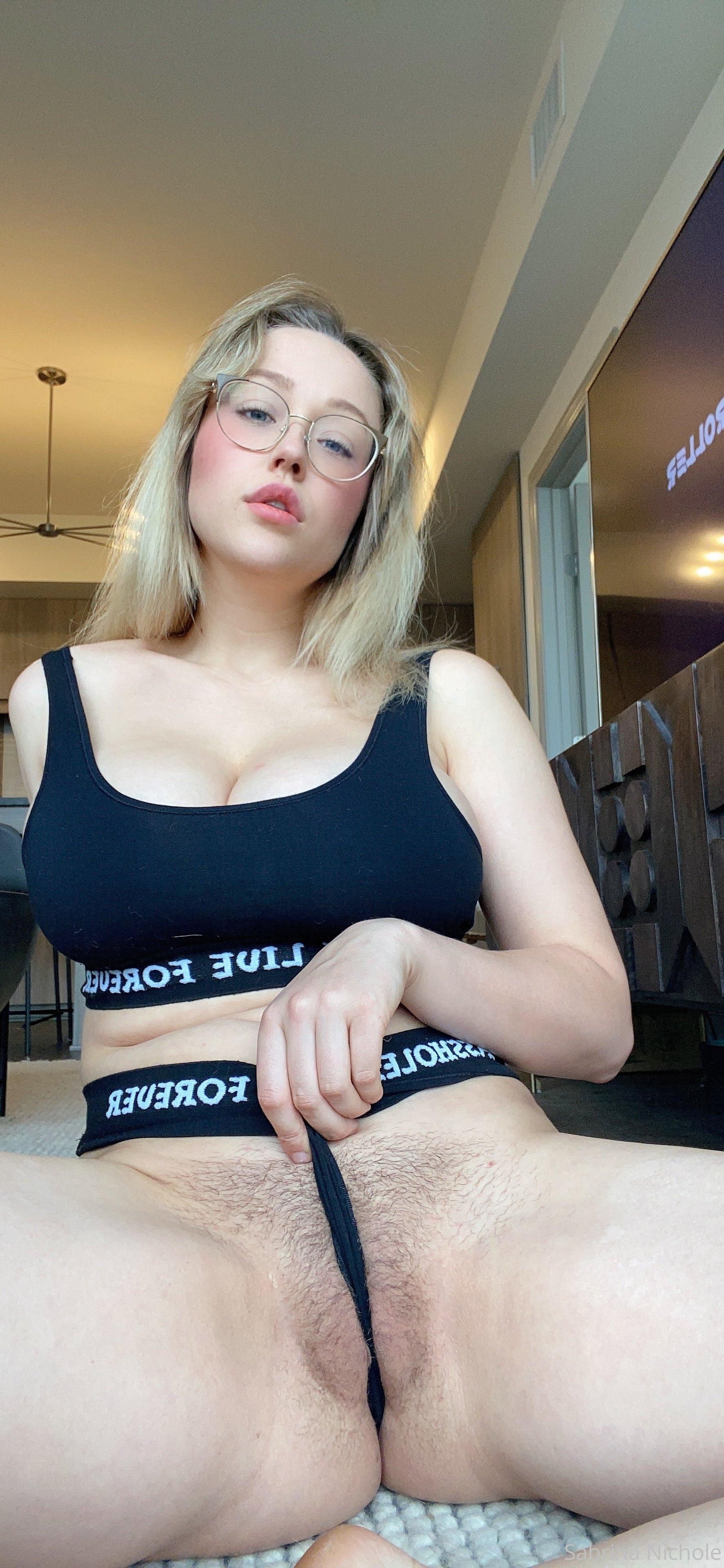 Sabrina Nichole 0129