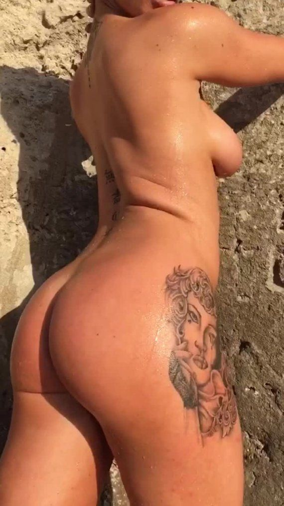 Scarlet Bouvier Nude Photos Onlyfans 0090