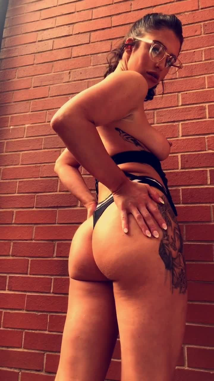 Scarlet Bouvier Nude Photos Onlyfans 0092