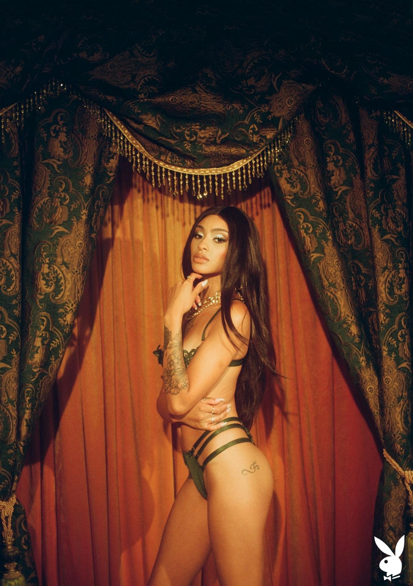 Sunni In Performance Art Playboy Plus (2)