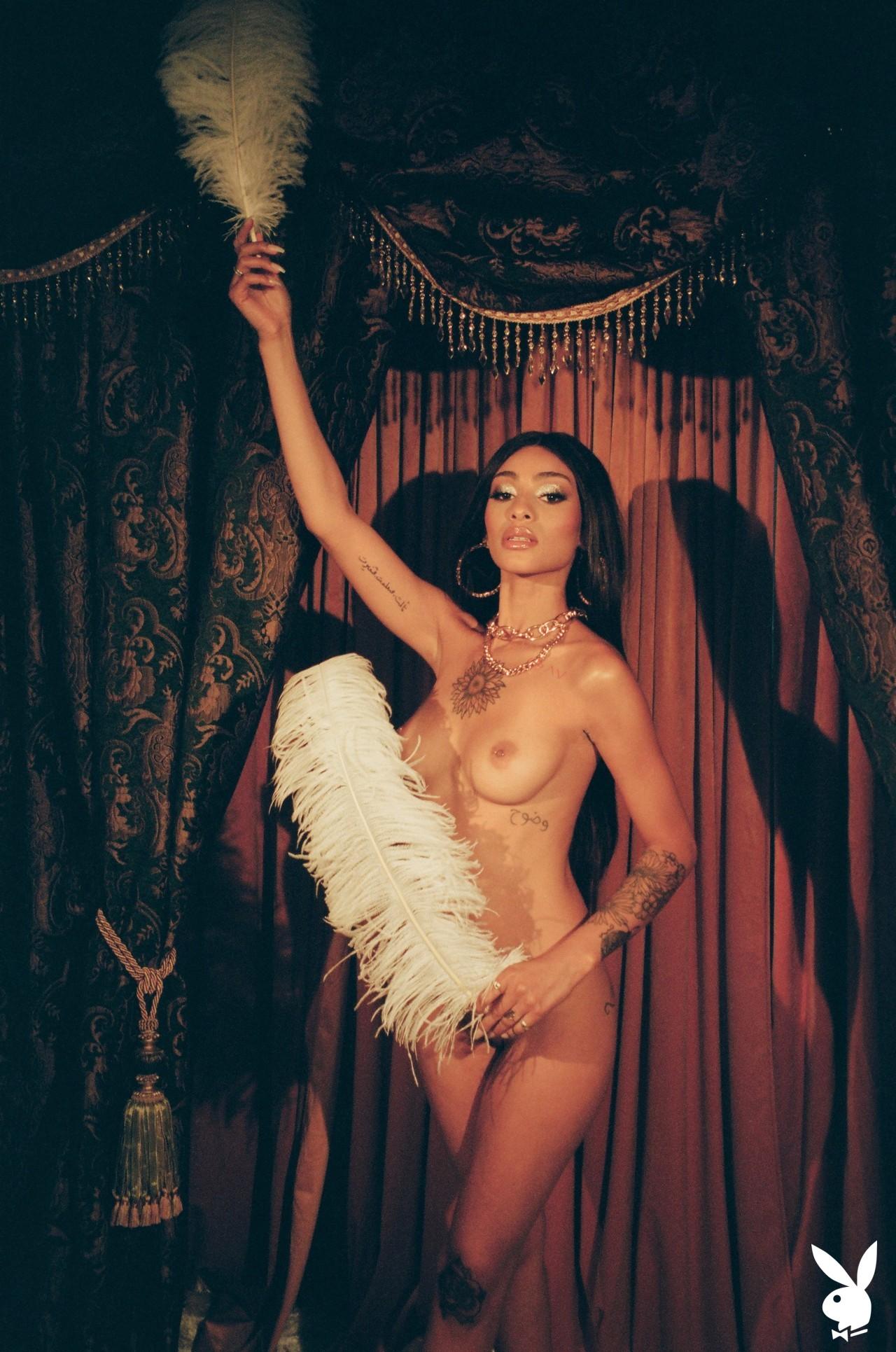 Sunni In Performance Art Playboy Plus (23)