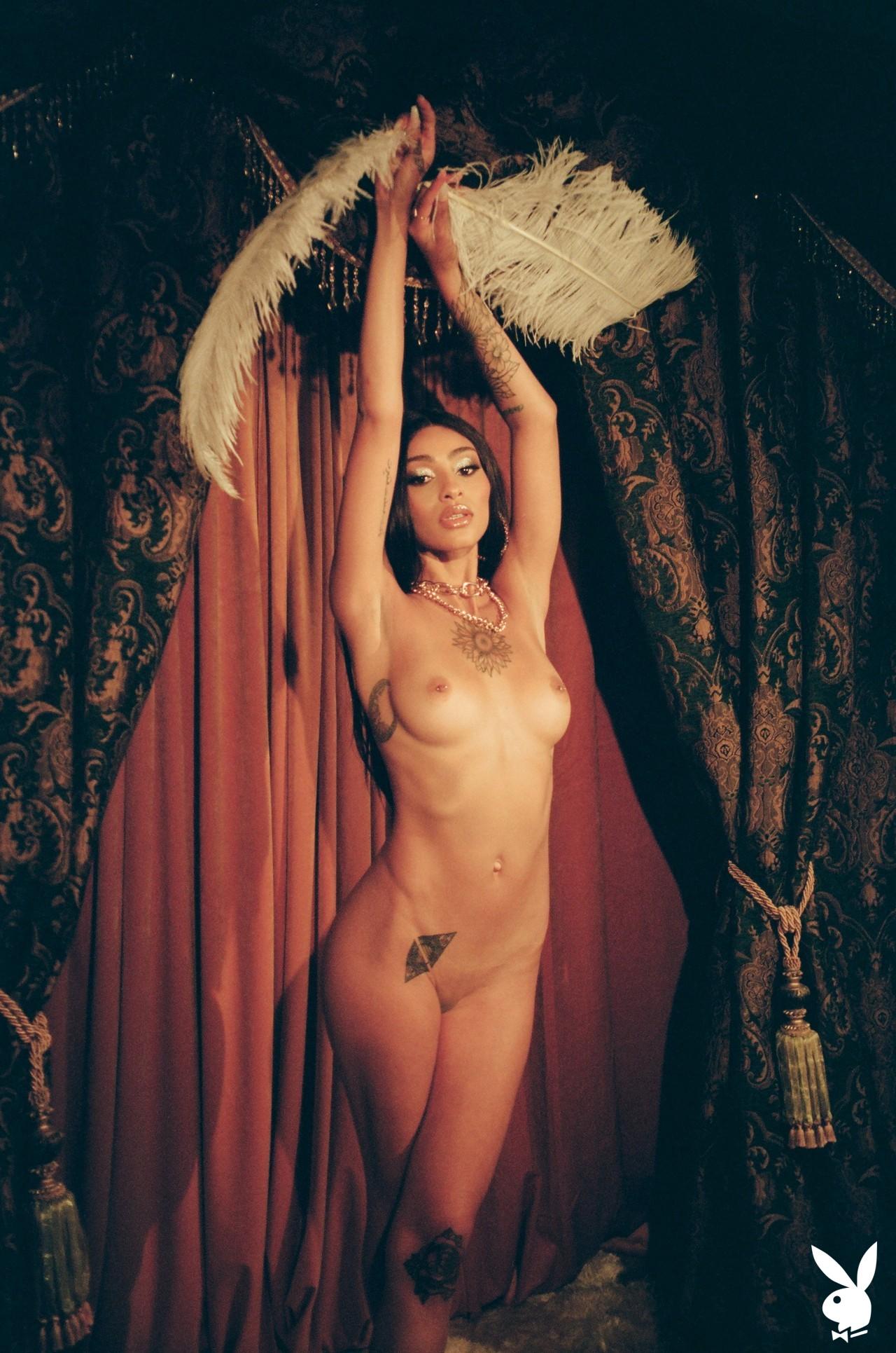 Sunni In Performance Art Playboy Plus (24)