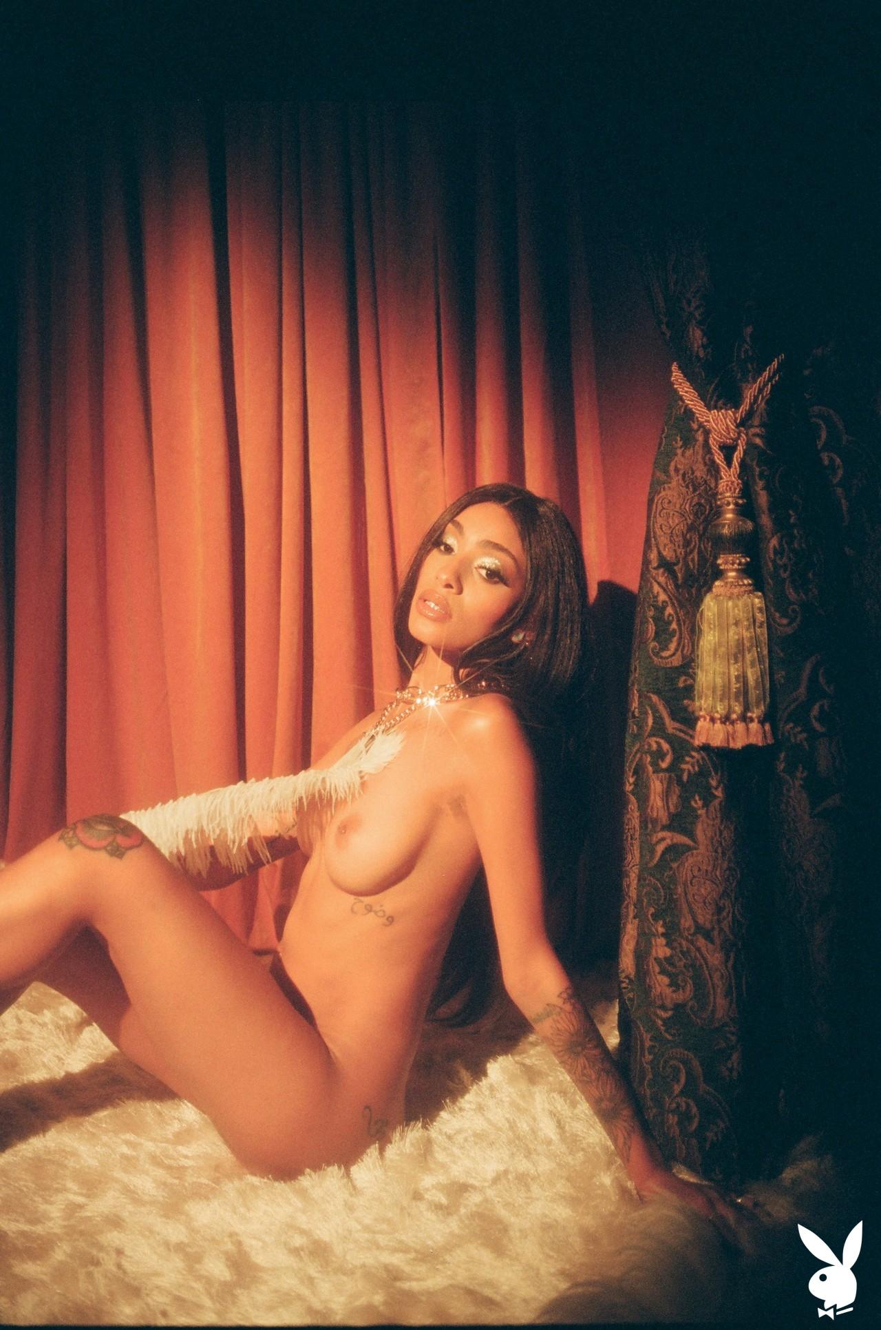 Sunni In Performance Art Playboy Plus (26)