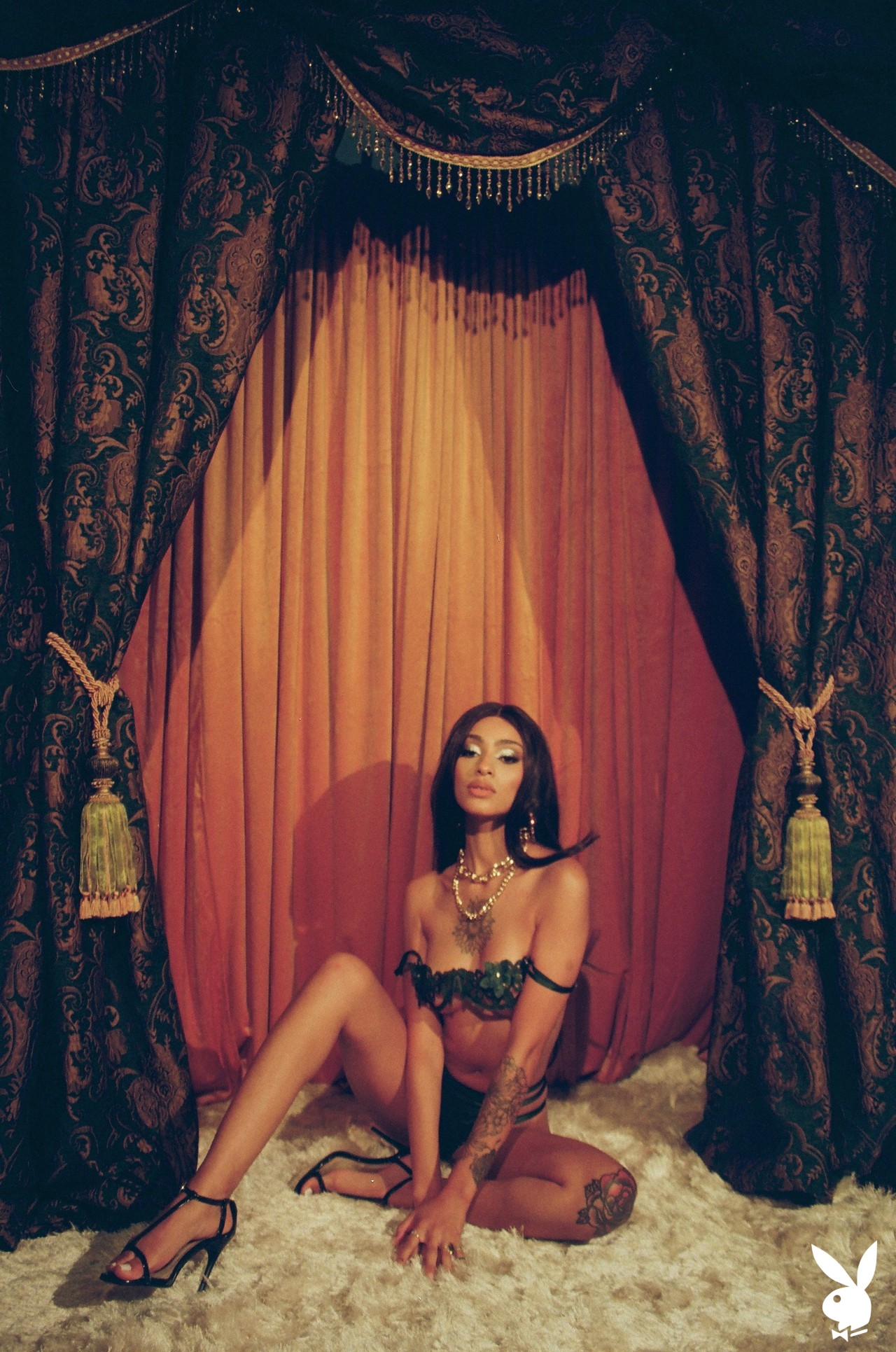 Sunni In Performance Art Playboy Plus (7)