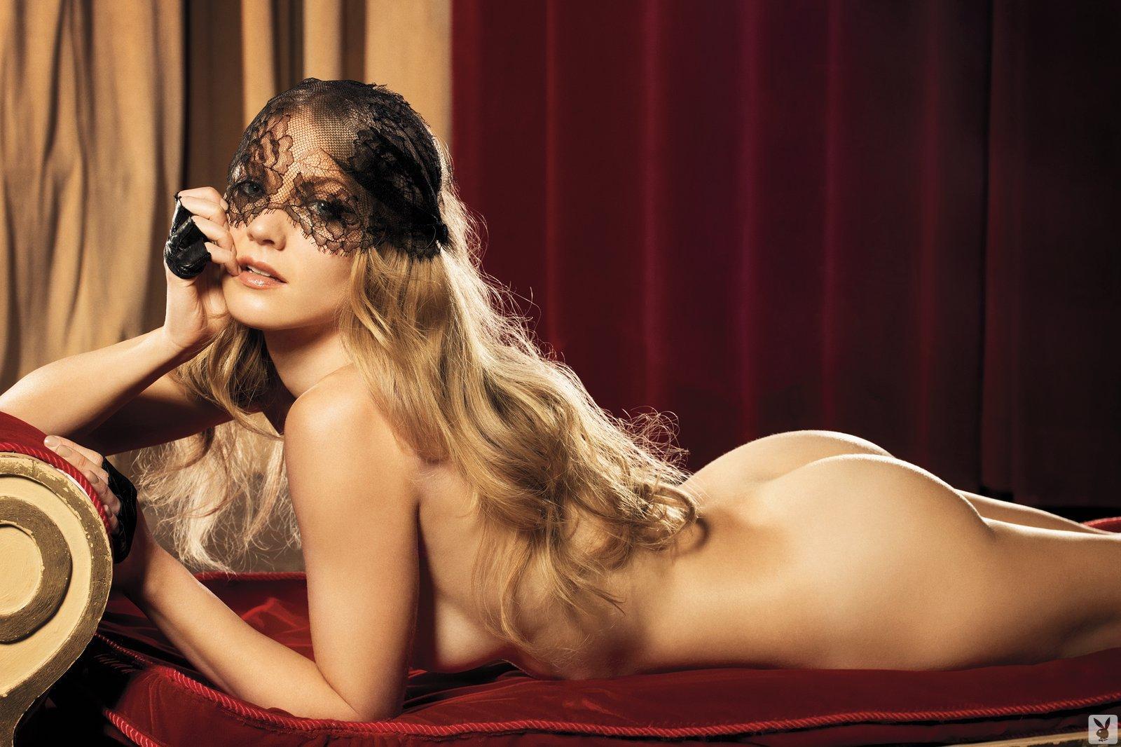 Winter Ave Zoli, Nude On Playboy Plus (12)