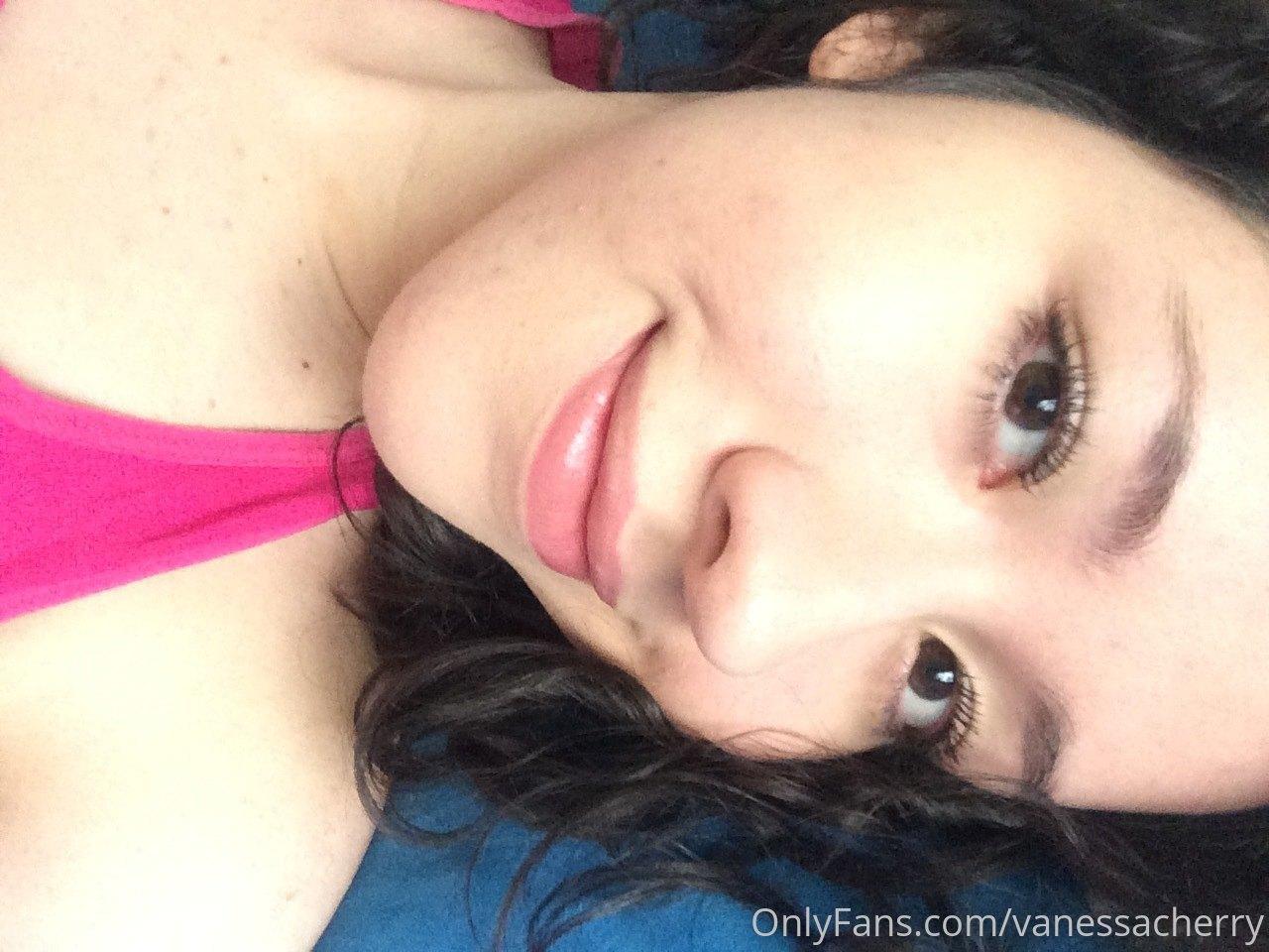 Vanessacherry 0117