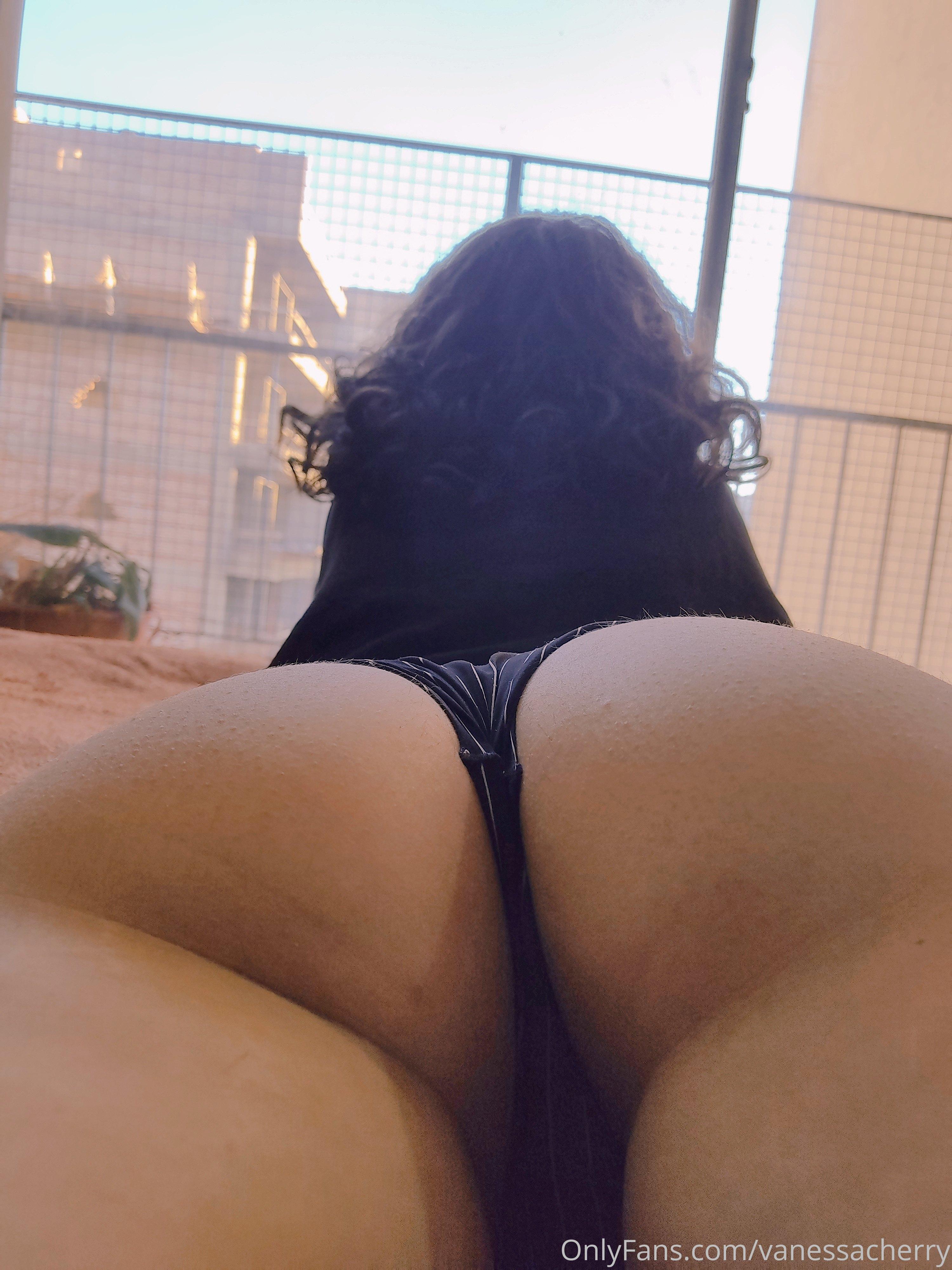 Vanessacherry 0292