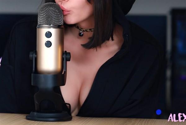 Alex Shai Intense Kissing Asmr Video