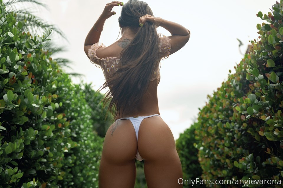 Angie Varona Onlyfans 0141