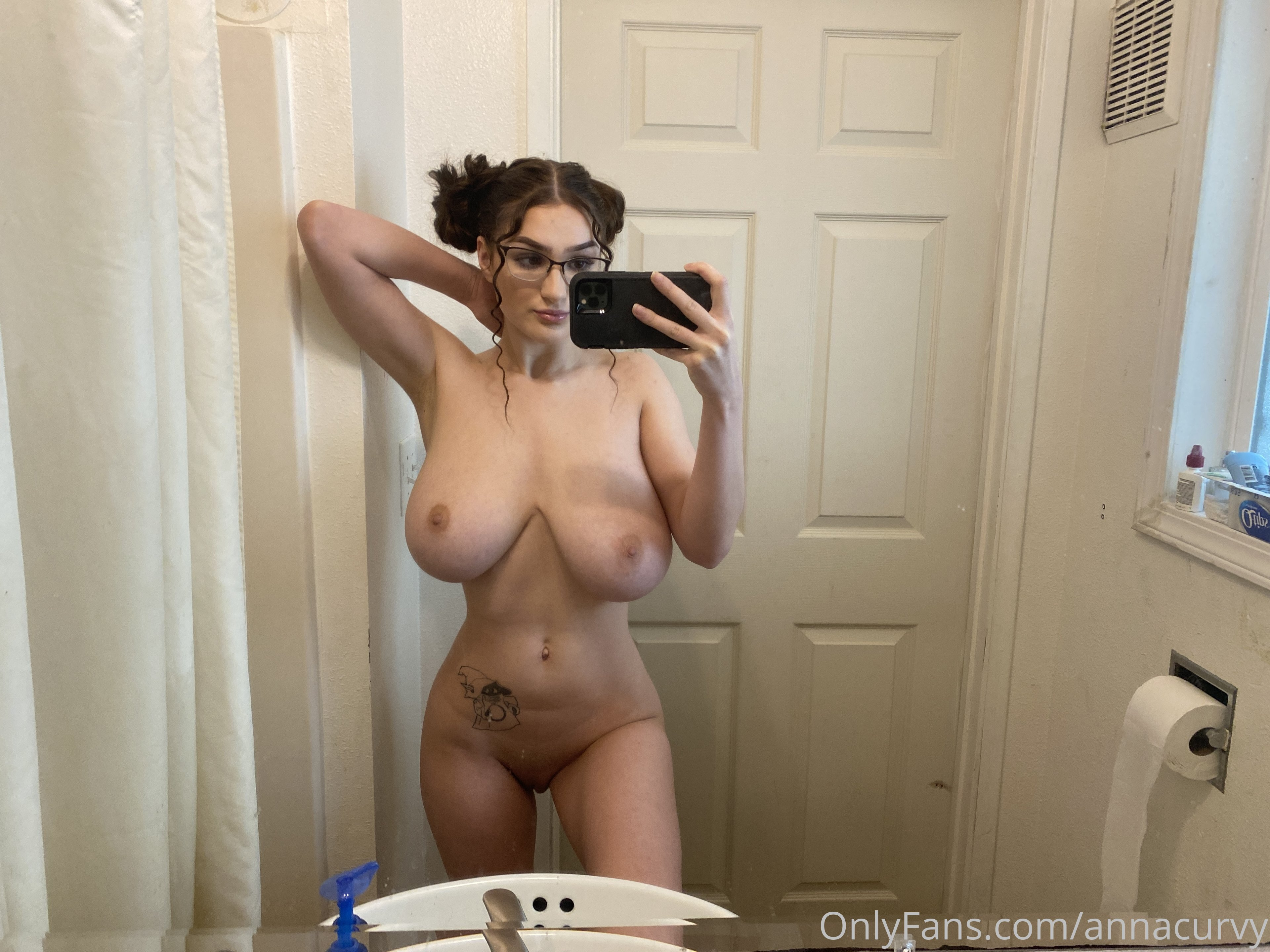 Anna Curvy – Doublecurvy Onlyfans Nude Leaks 0001