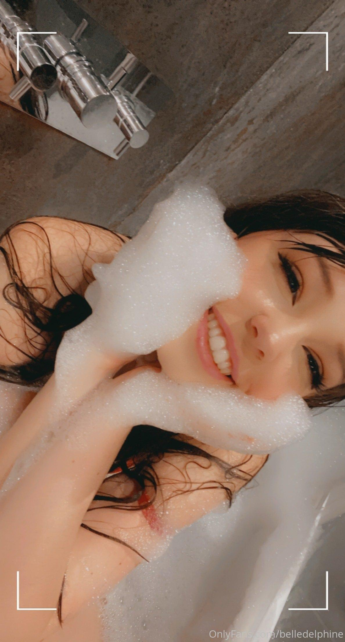 Belle Delphine Nude In Bath With Shoes Onlyfans Set Leaked 0019