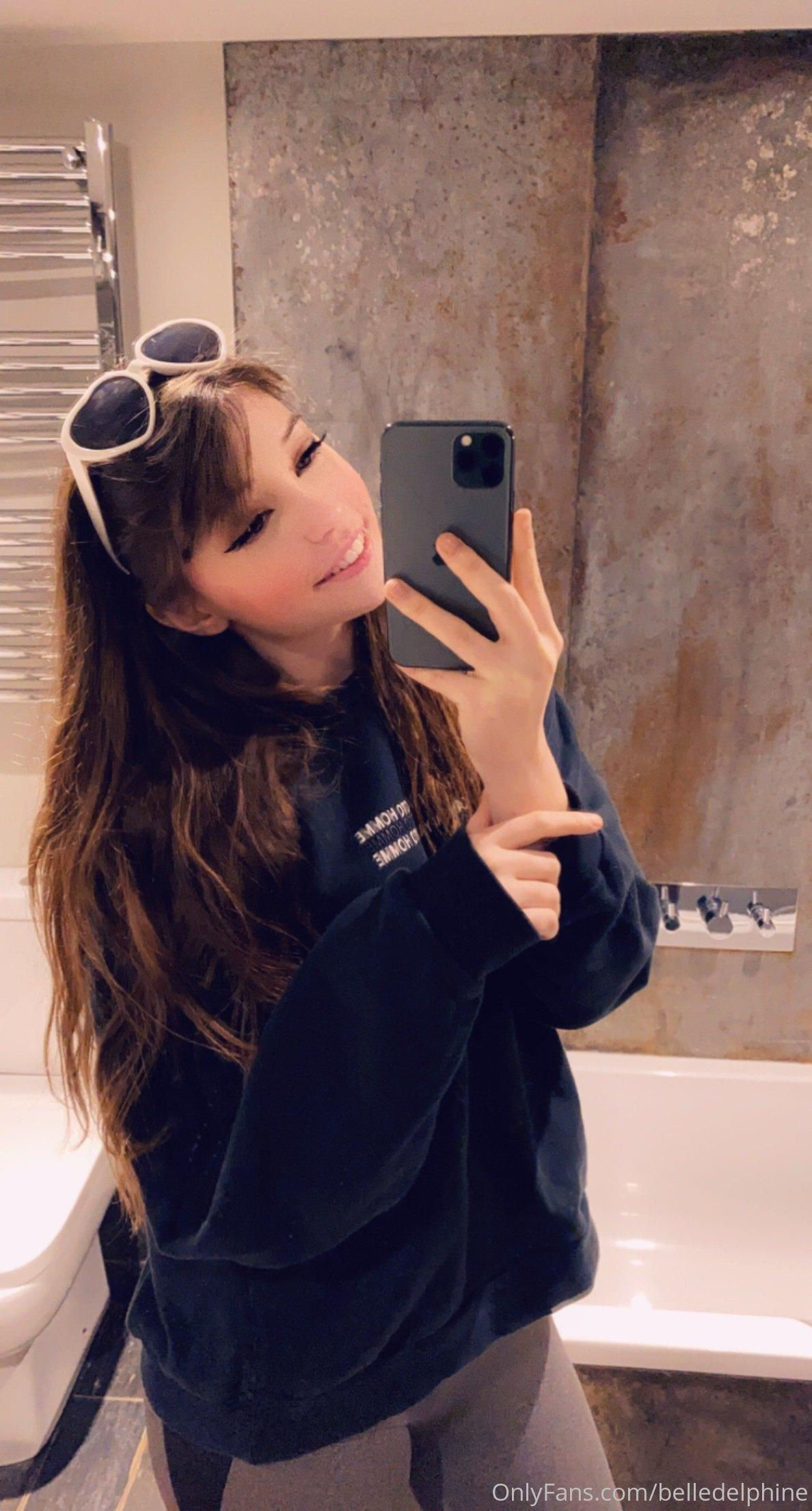 Belle Delphine Nude In Bath With Shoes Onlyfans Set Leaked 0074
