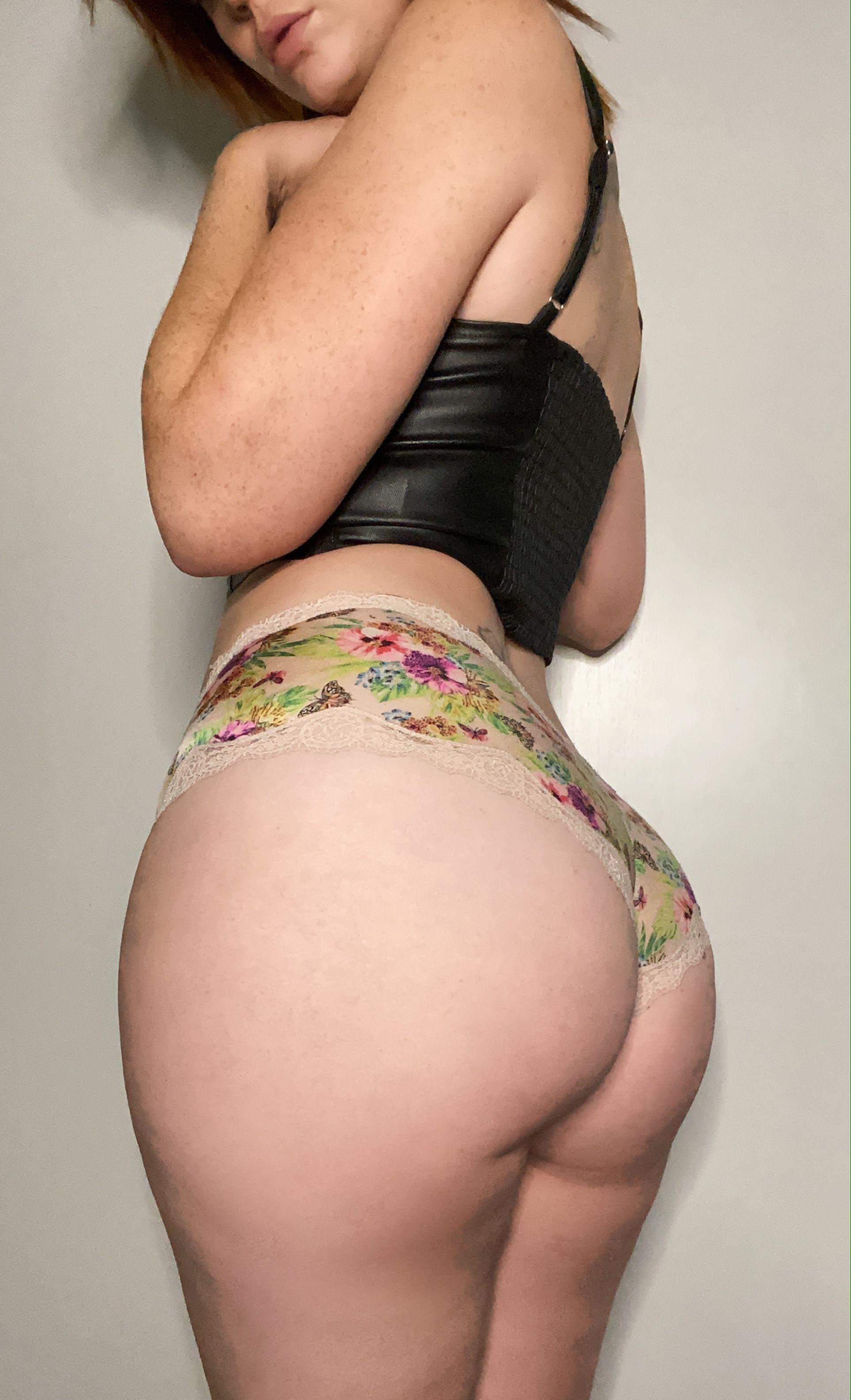 Freckledhobo Peakofemi Emilie Jay Nude Photos 0023