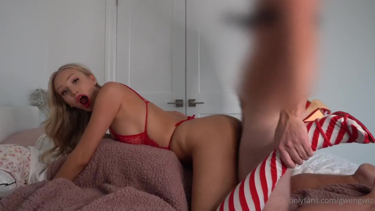 Gwen Gwiz Leaked Onlyfans Nude Christmas Doll Fucking Porn Video