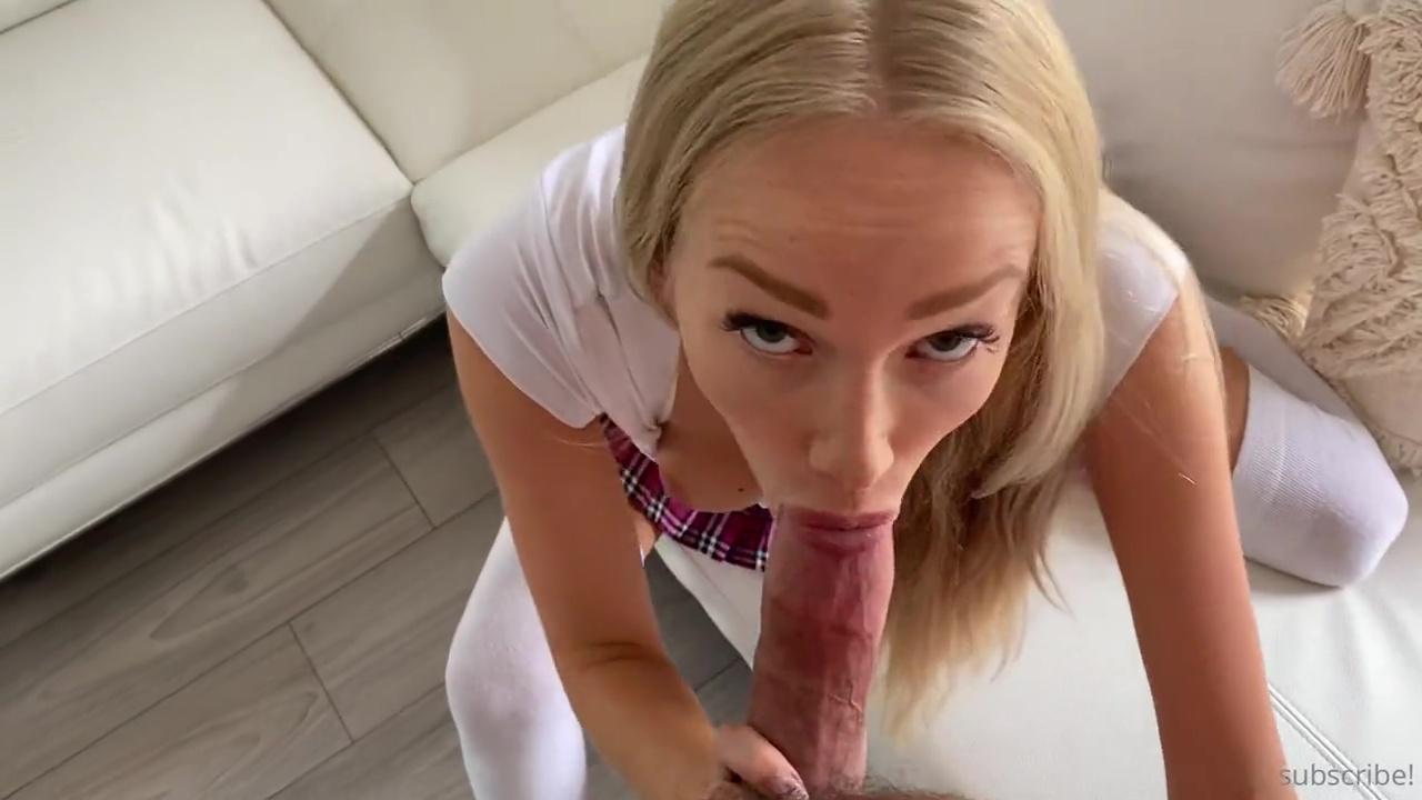Gwen Gwiz Nude Morning Ultra Quickie Blowjob