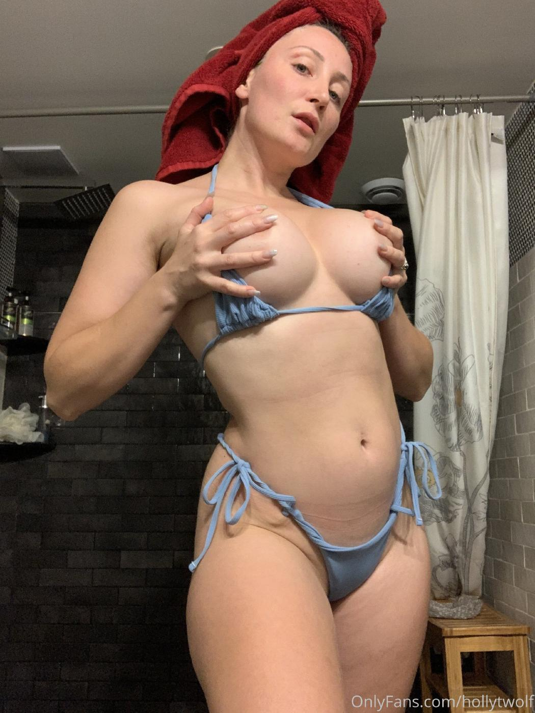 Holly Wolf Nude Onlyfans Content Leaked 0002