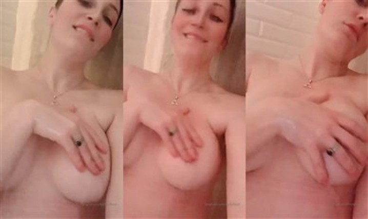 Holy Wolf Youtuber Nude Onlyfans Shower Porn Video Leaked