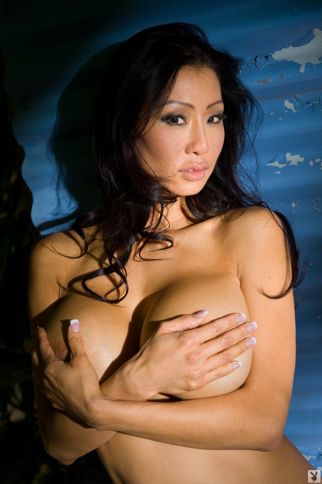 Kiana Kim Nude On Playboy Plus (26)