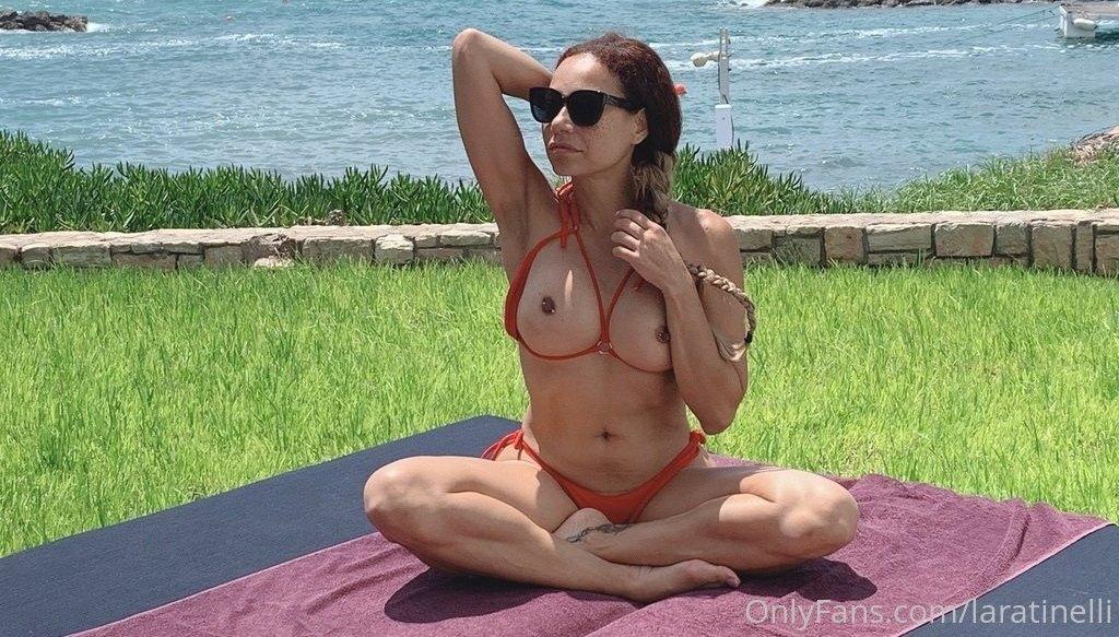 Laratinelli Laratinelli Onlyfans Nudes Leaks 0024