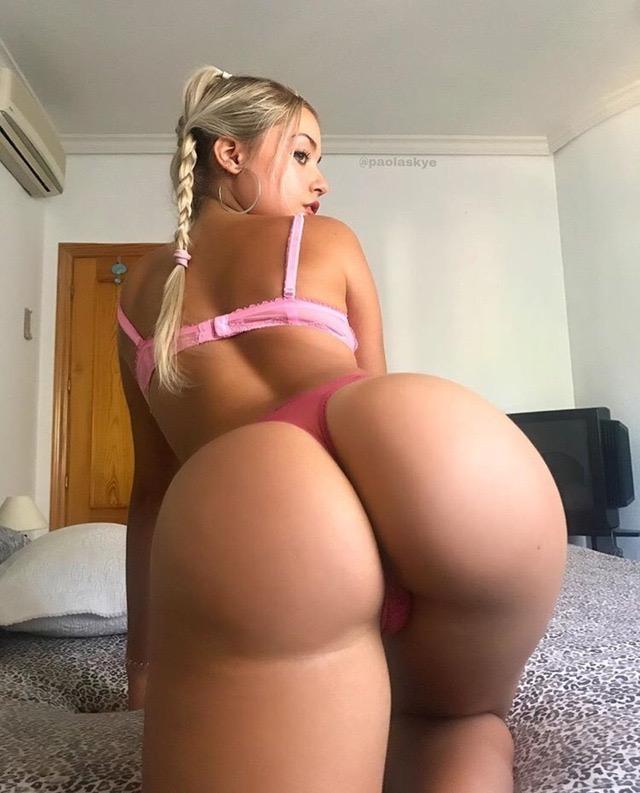 Paola Skye 0017