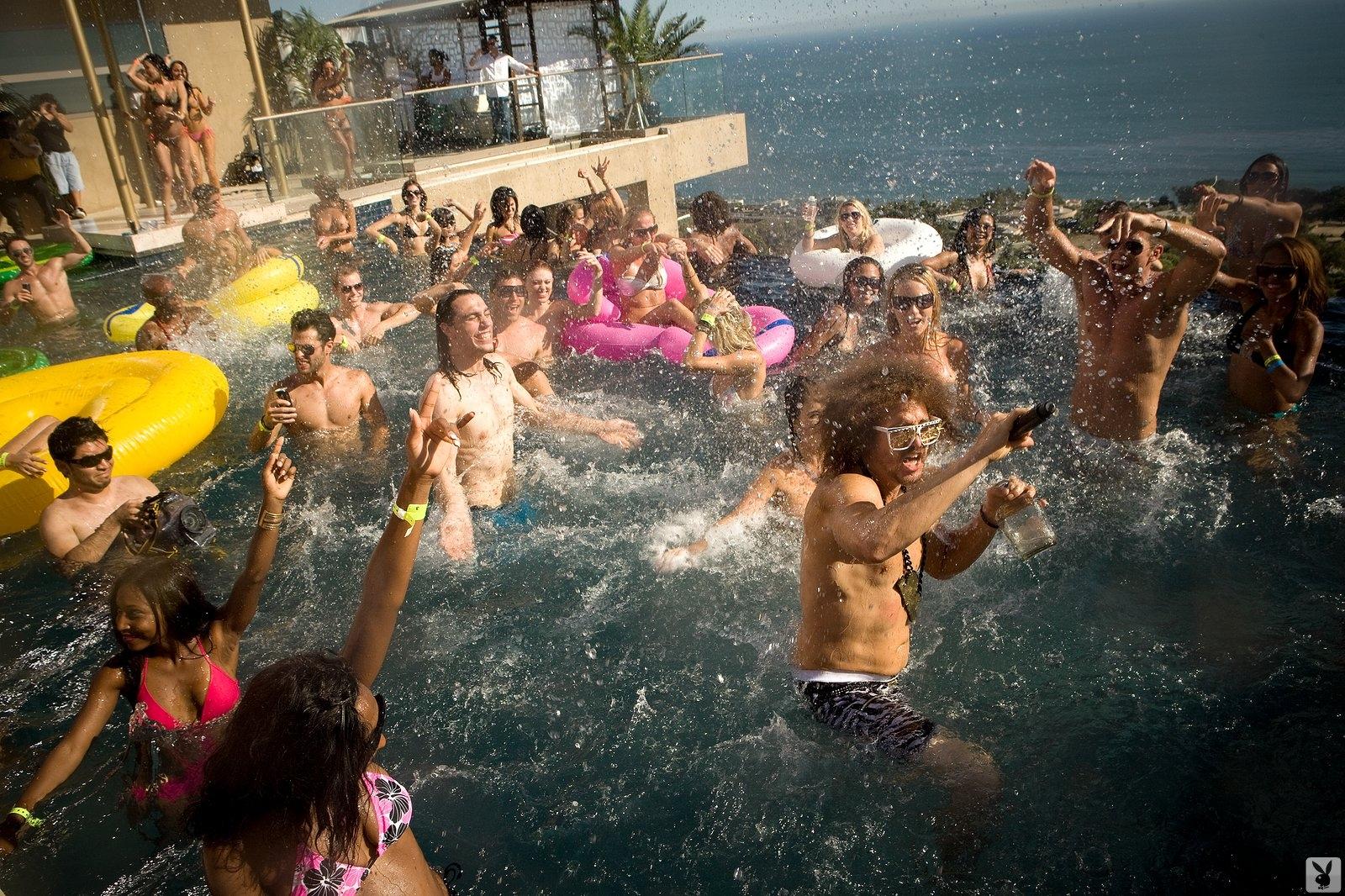 Playboy's Beach House (8)