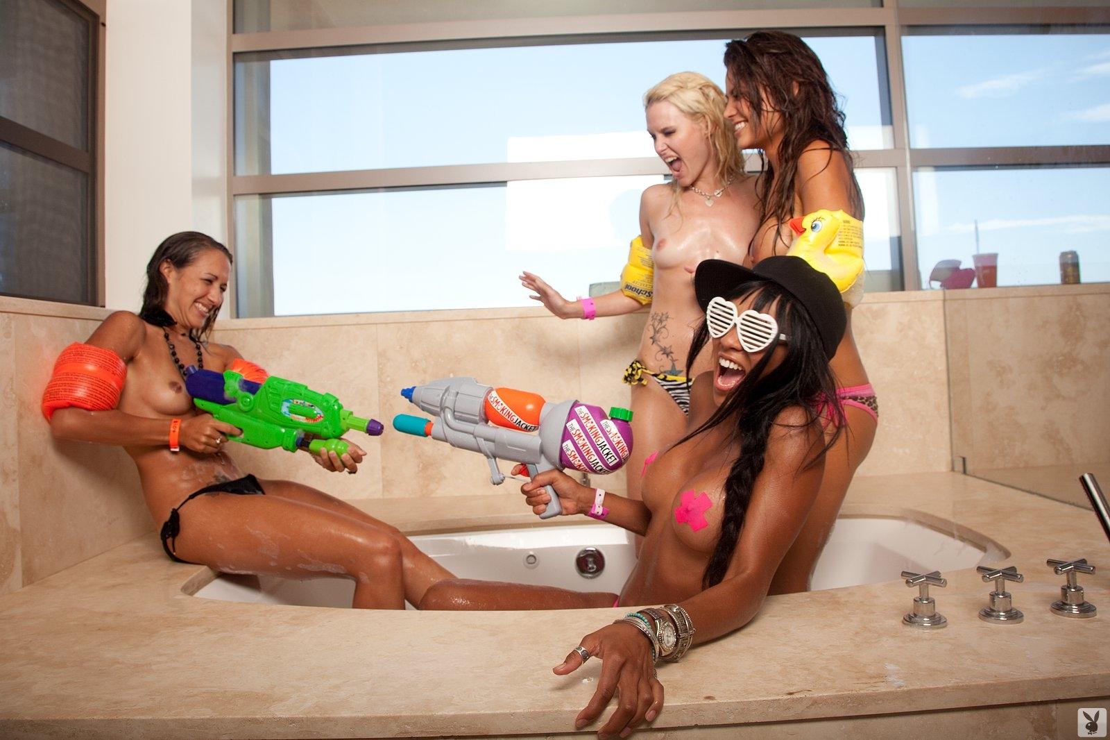 Playboy's Beach House Episode 02 Playboy Plus (2)