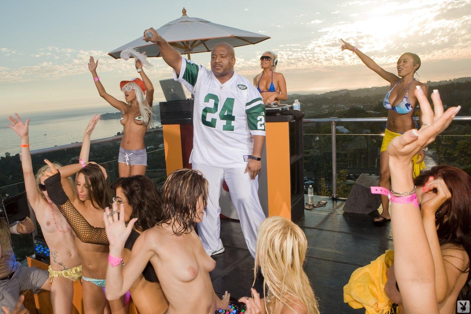 Playboy's Beach House Episode 02 Playboy Plus (29)