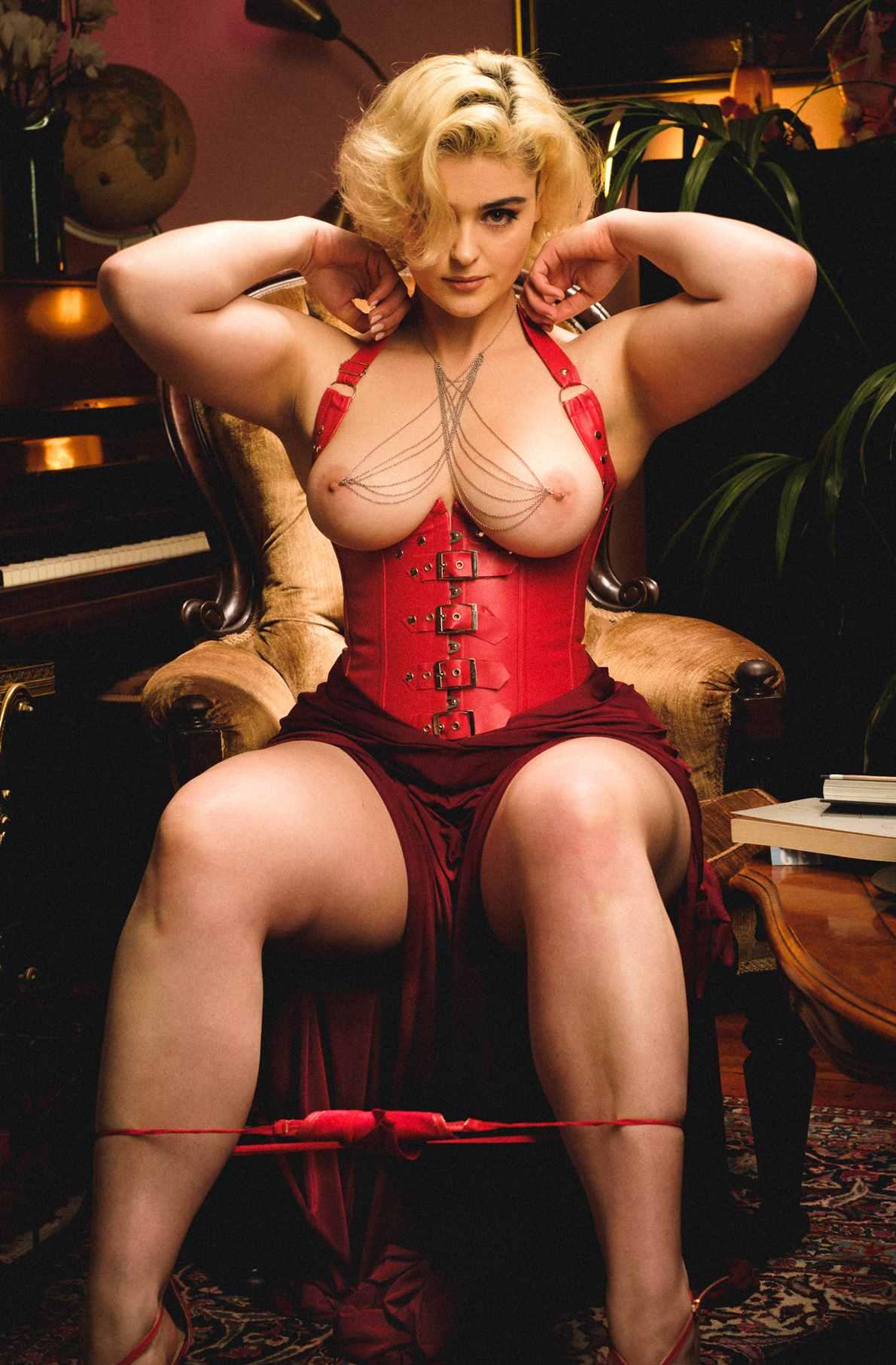 Stefania Ferrario Leaked Nude Photos 0011