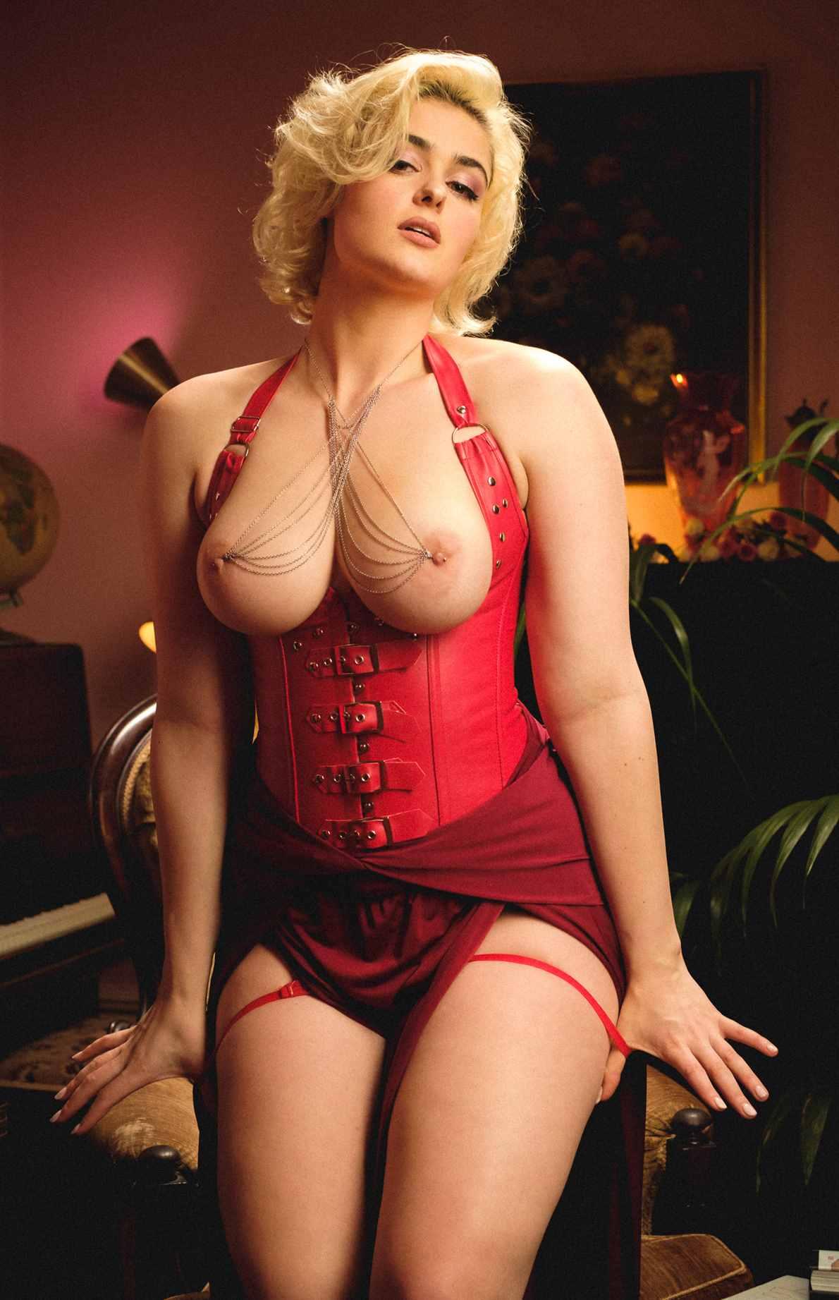 Stefania Ferrario Leaked Nude Photos 0013