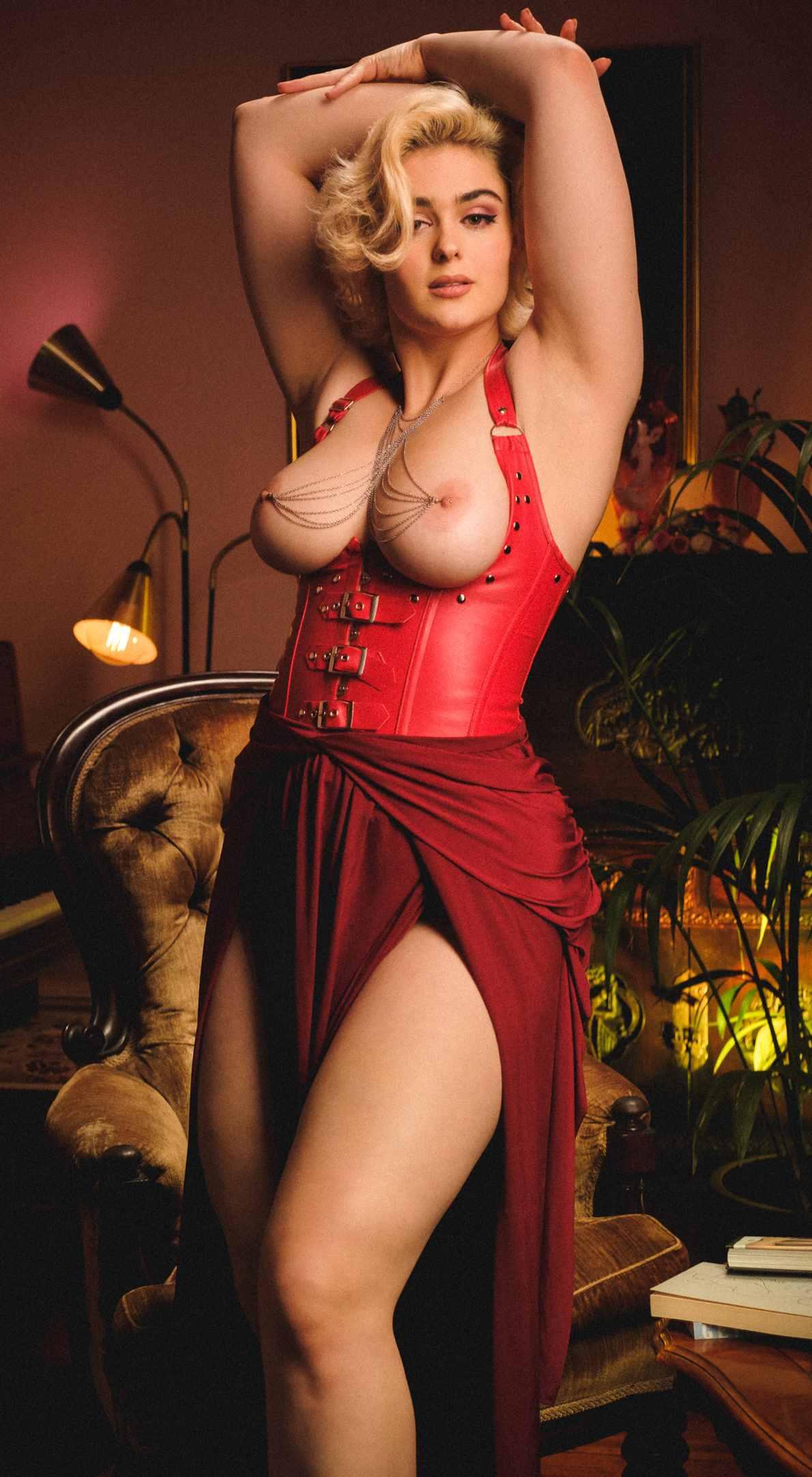 Stefania Ferrario Leaked Nude Photos 0014