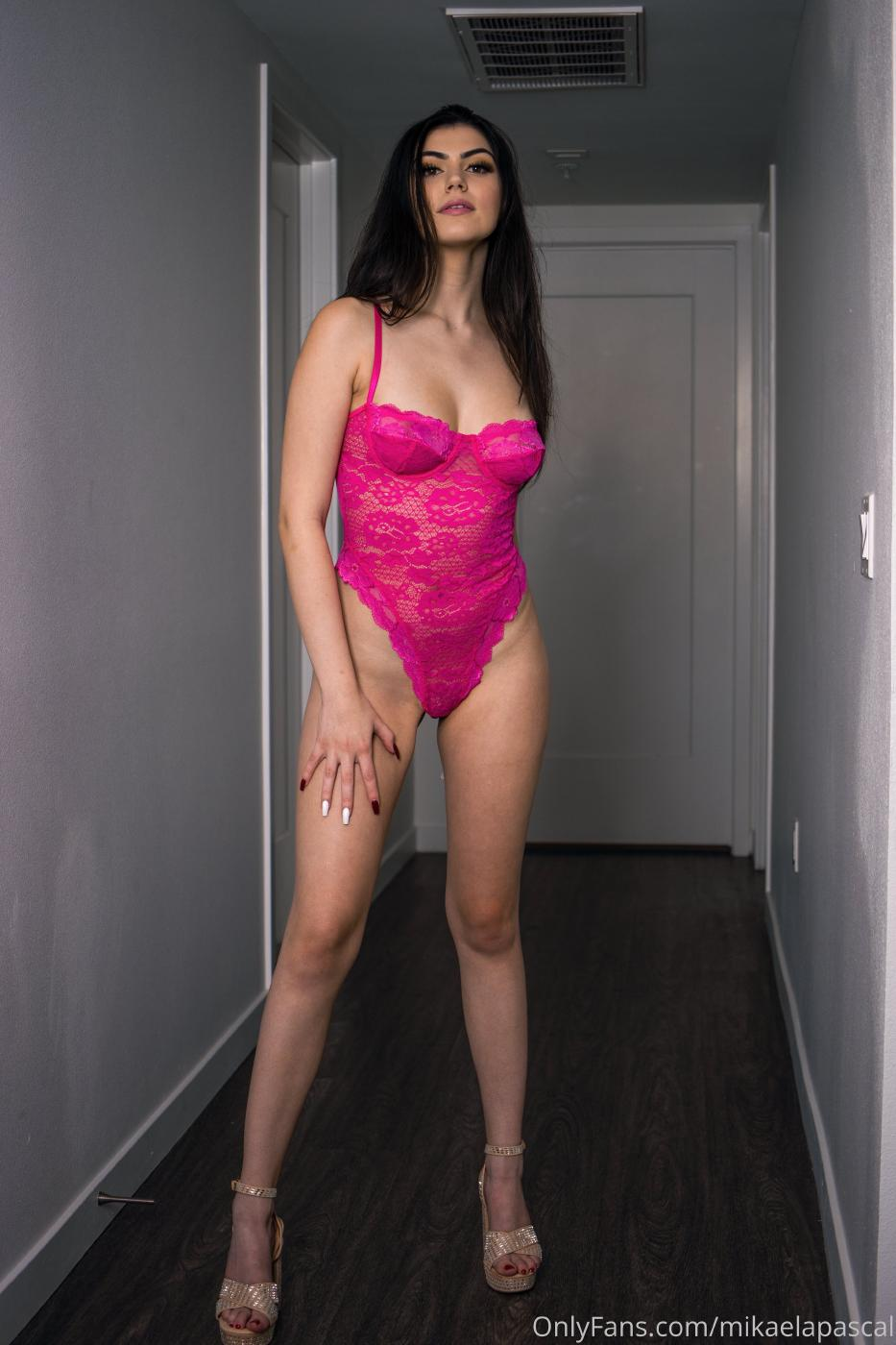 Mikaela Pascal Pink Bodysuit Lingerie Onlyfans Set Leaked Ripxxb