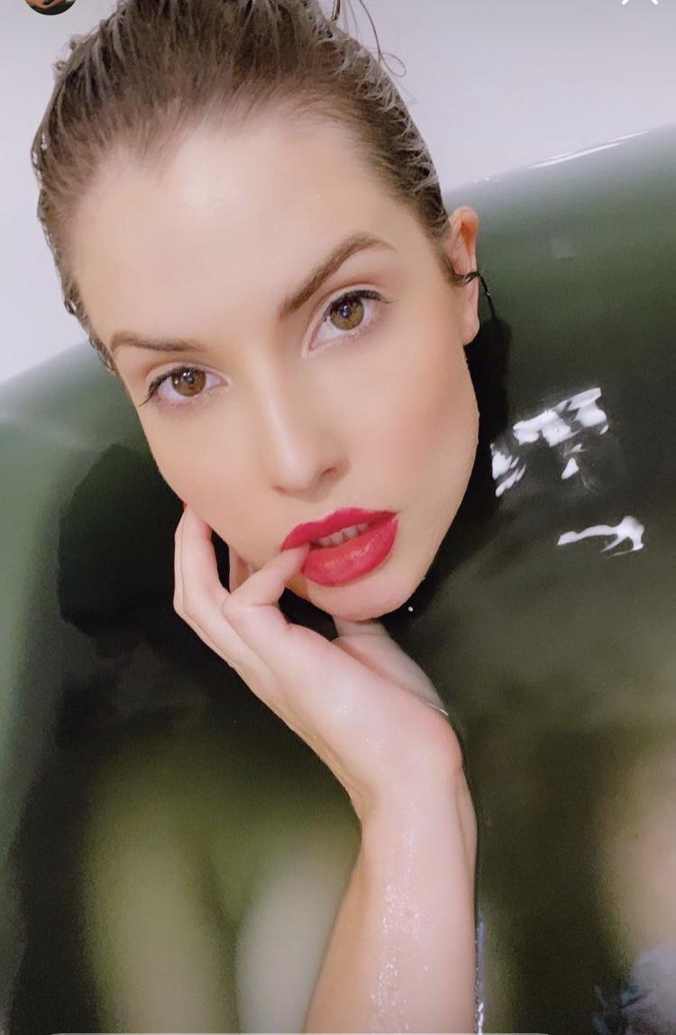 Amanda Cerny Nude Onlyfans Bath Set Leaked 0004
