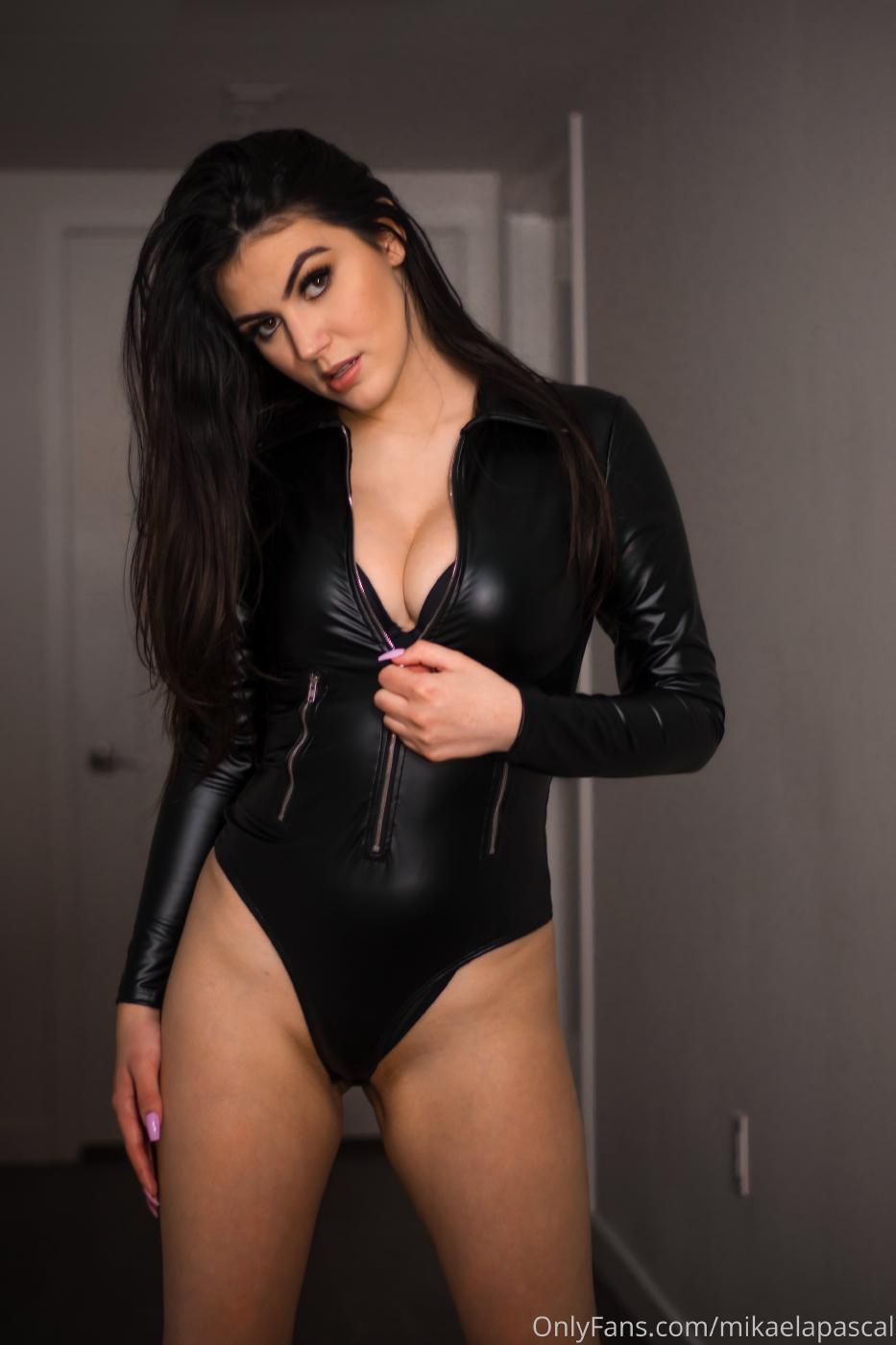 Mikaela Pascal Sexy Leather Bodysuit Onlyfans Set Leaked 0006