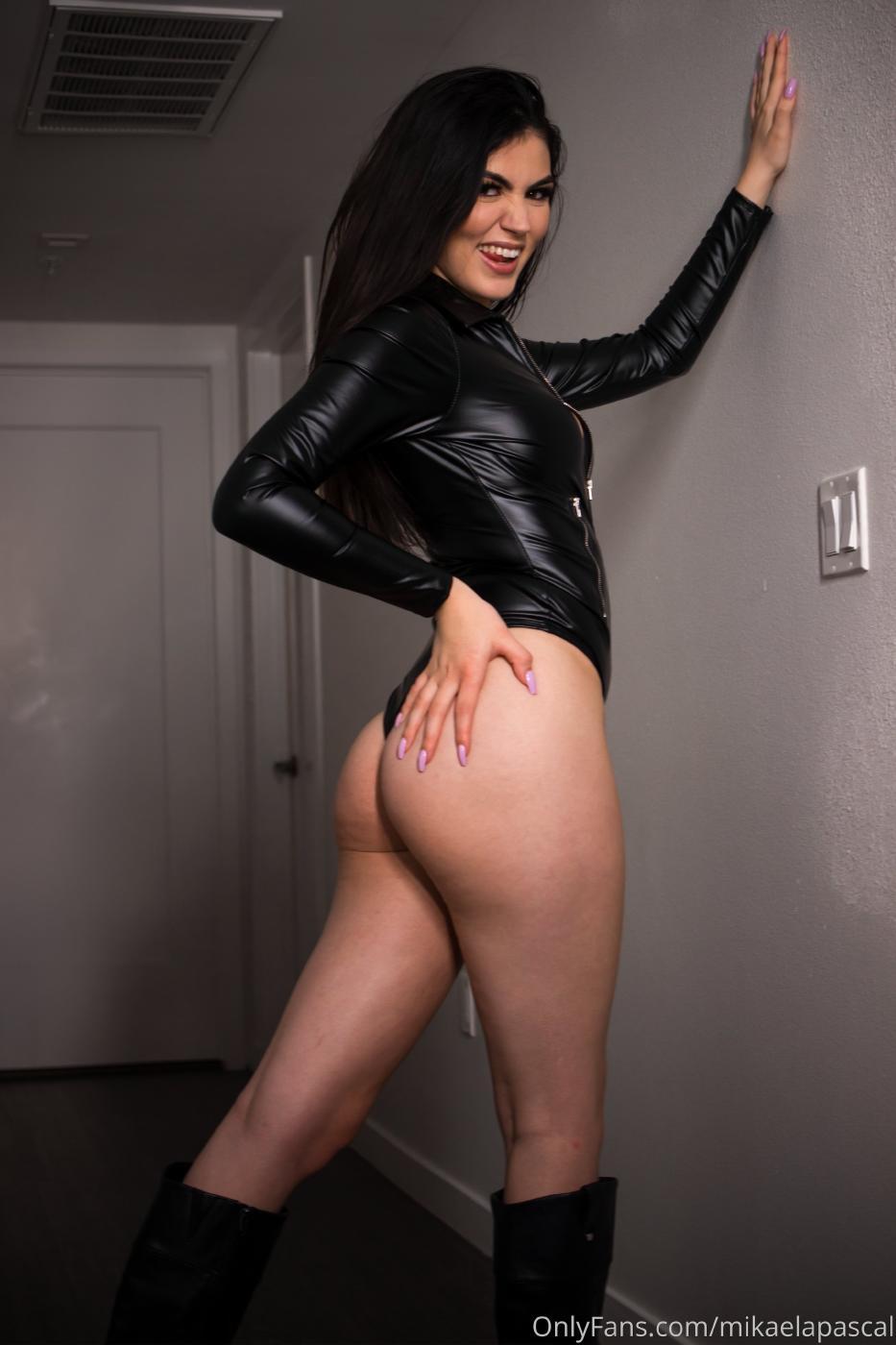 Mikaela Pascal Sexy Leather Bodysuit Onlyfans Set Leaked 0010