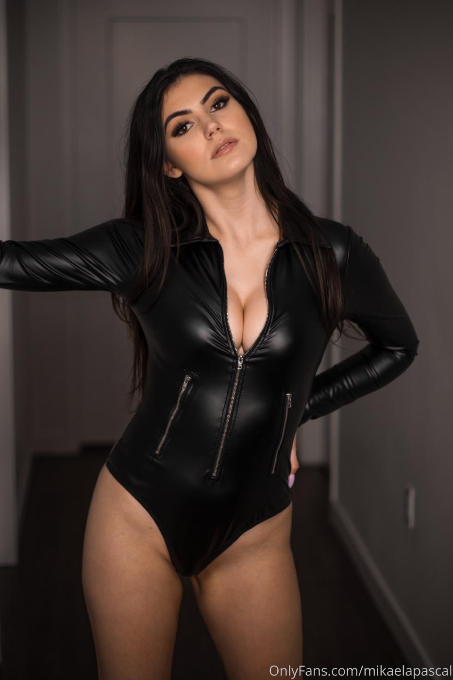 Mikaela Pascal Sexy Leather Bodysuit Onlyfans Set Leaked 0011