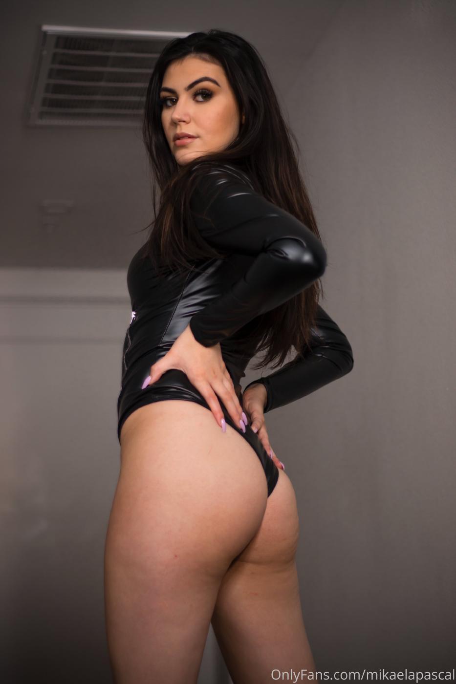 Mikaela Pascal Sexy Leather Bodysuit Onlyfans Set Leaked 0012