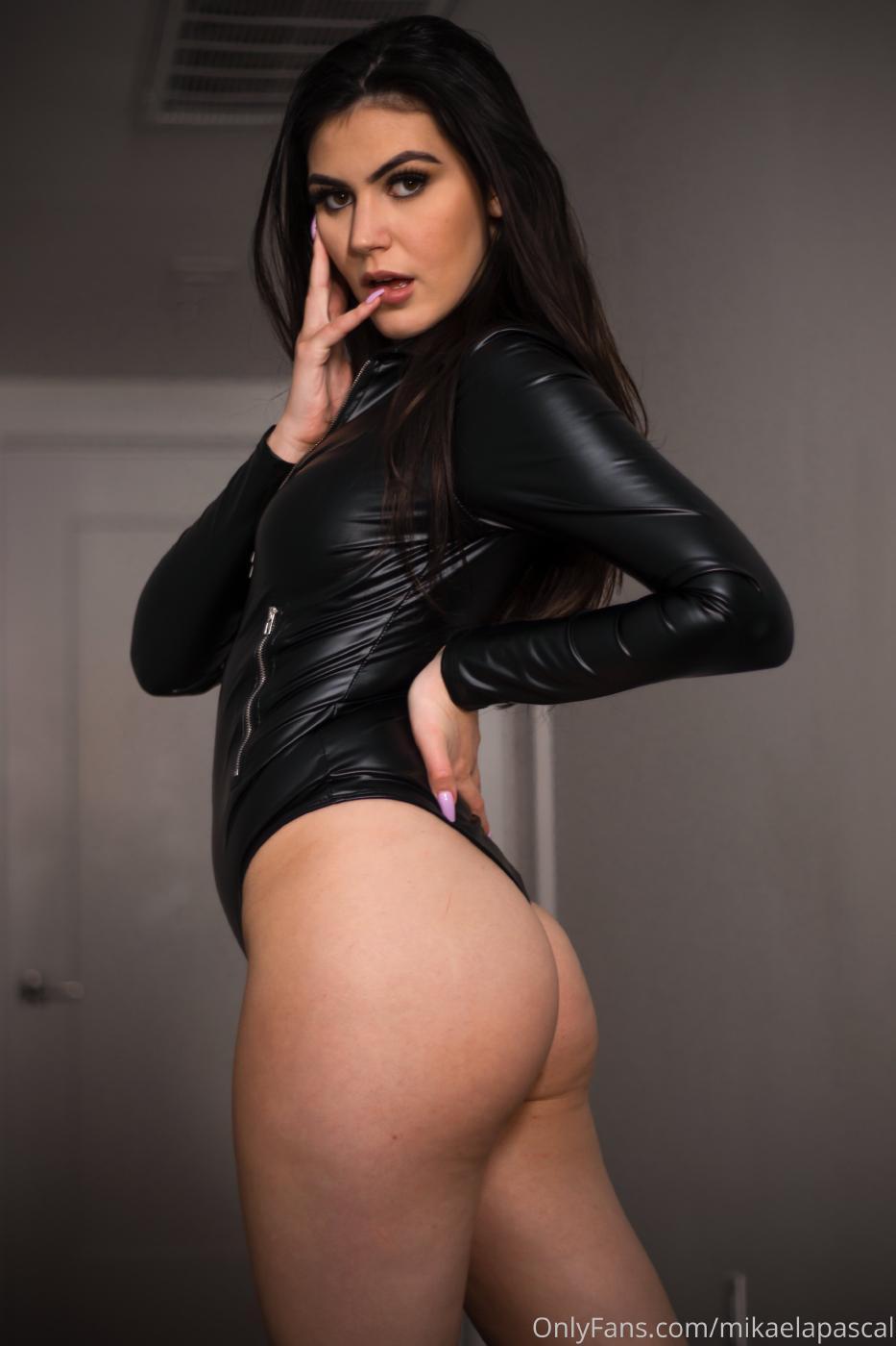 Mikaela Pascal Sexy Leather Bodysuit Onlyfans Set Leaked 0013