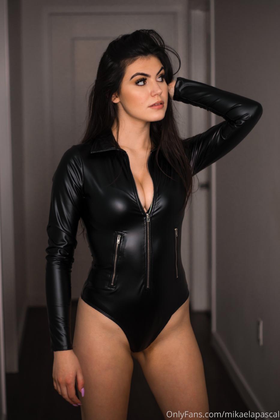 Mikaela Pascal Sexy Leather Bodysuit Onlyfans Set Leaked 0014