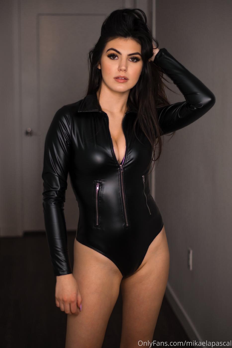 Mikaela Pascal Sexy Leather Bodysuit Onlyfans Set Leaked 0015