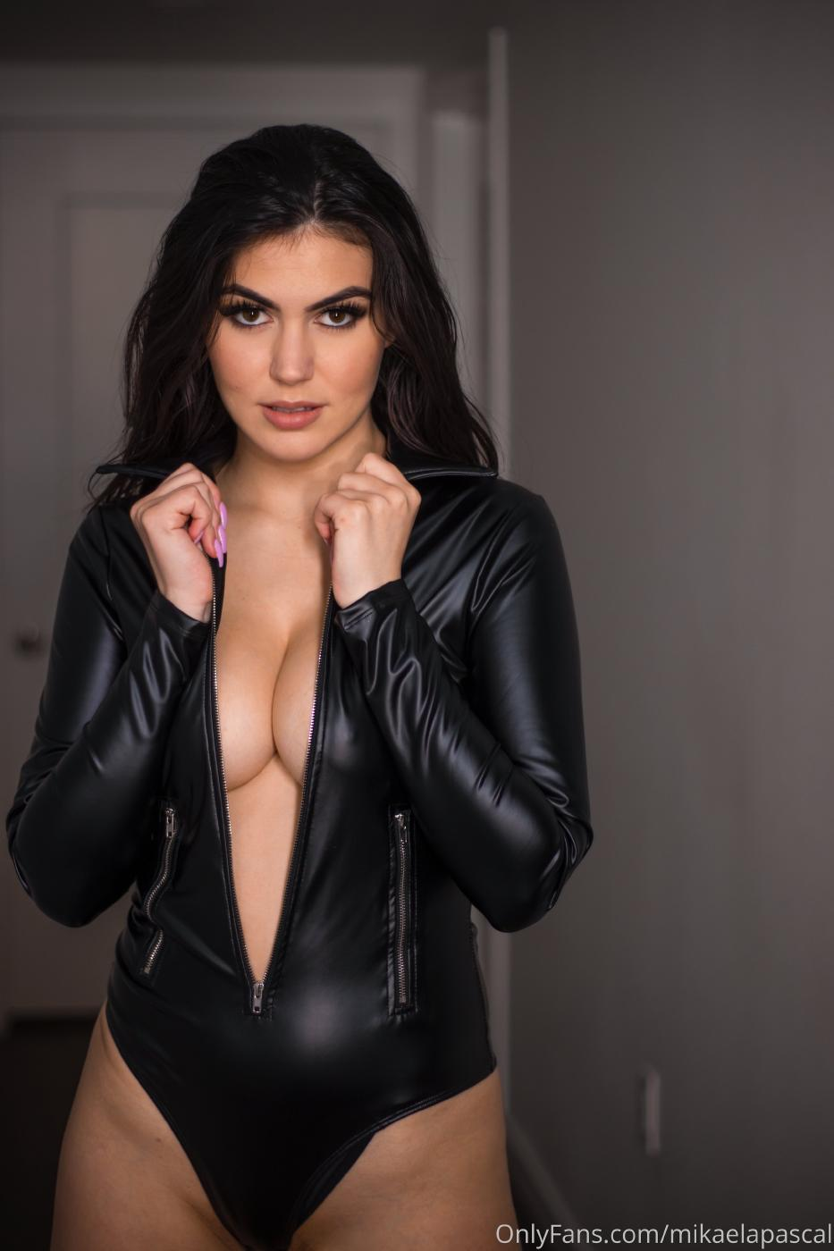 Mikaela Pascal Sexy Leather Bodysuit Onlyfans Set Leaked 0022